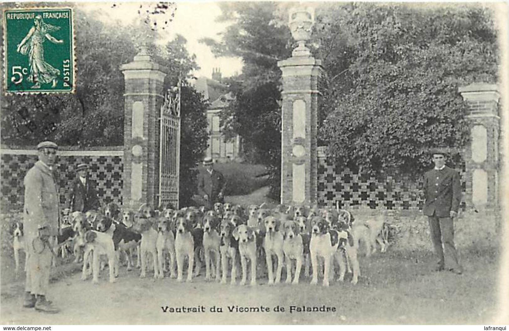 P499- Chasse A Courre - Orne - Vautrait Du Vicomte De Falandre -meute De Chiens   - Carte Bon Etat - - France
