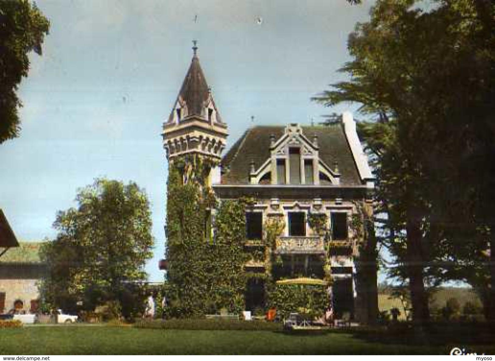 38  NICOLAS VERMELLE Chateau De Montcizet - France