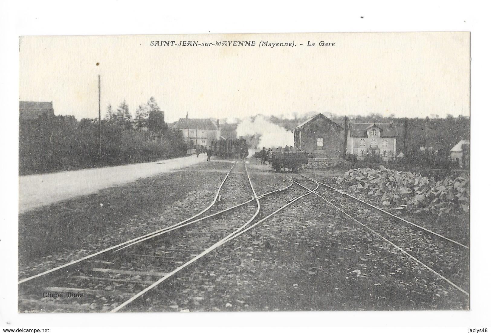 SAINT-JEAN-sur-MAYENNE  (cpa 77)   La Gare -  L 3 - Francia