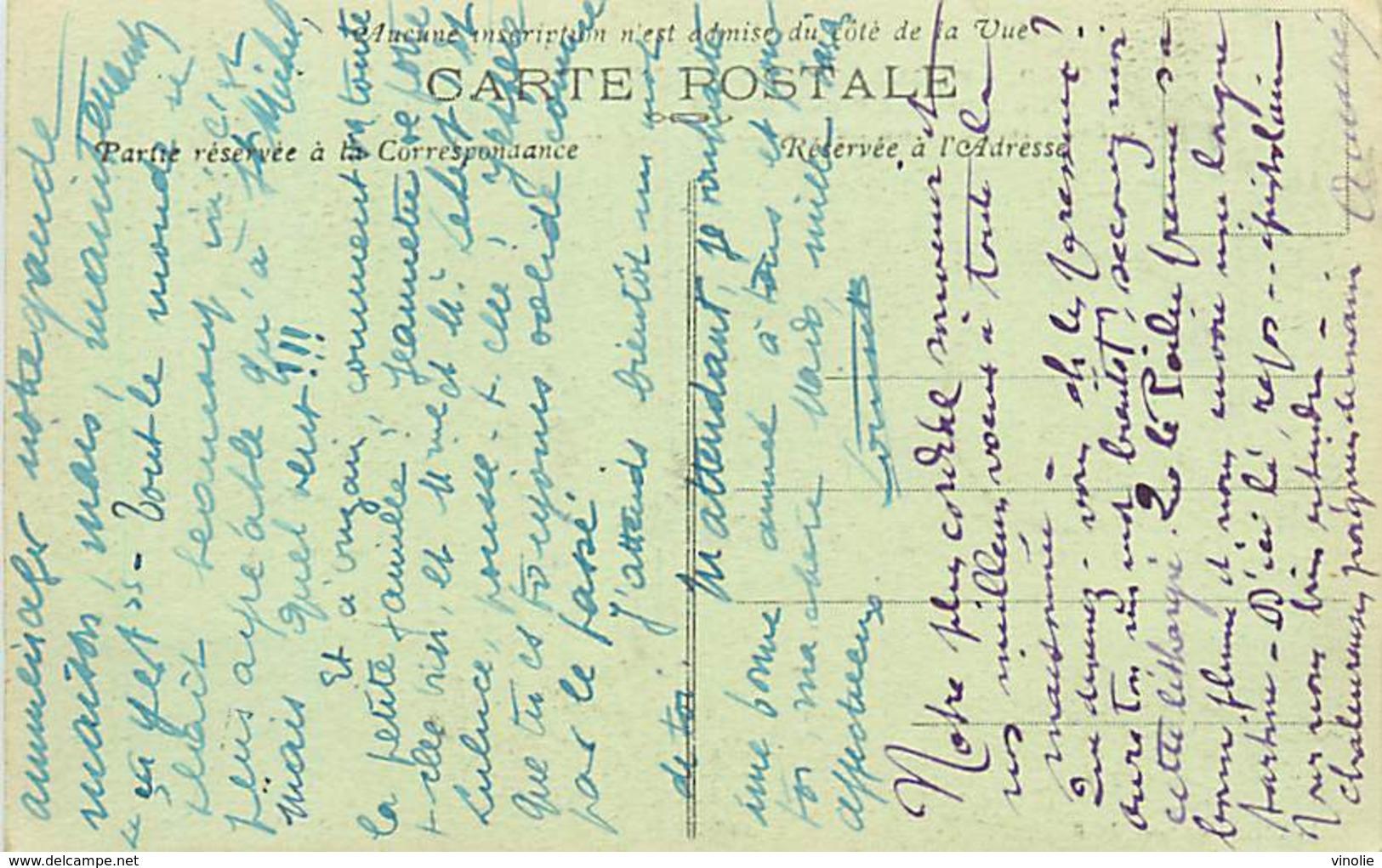 A-17-2025 : MONUMENT AUX MORTS DE LA GRANDE-GUERRE 1914-1918. PLOUNEVEZ-MOËDEC  AUTOMOBILE - Autres Communes