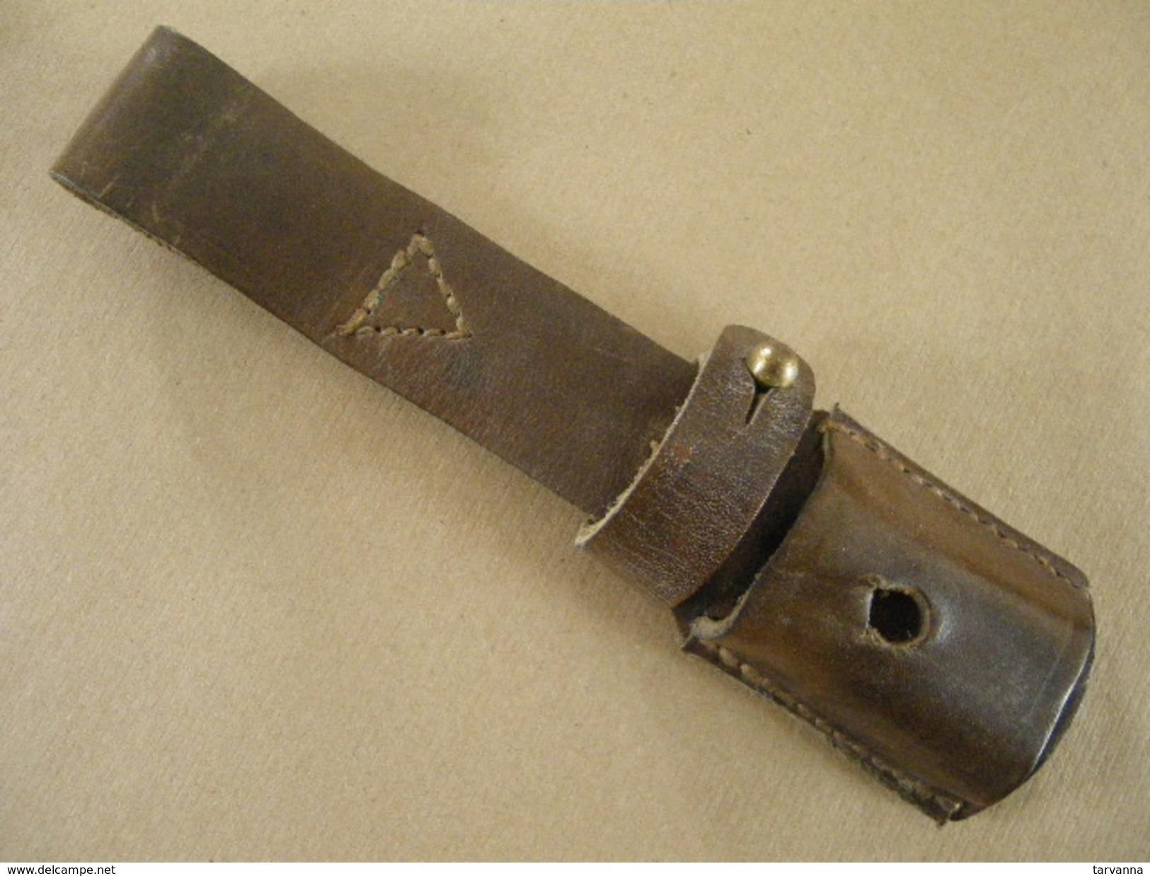 Gousset En Cuir Brun Pour Baïonnette Mauser Yougoslave Mle 44 - Armes Blanches