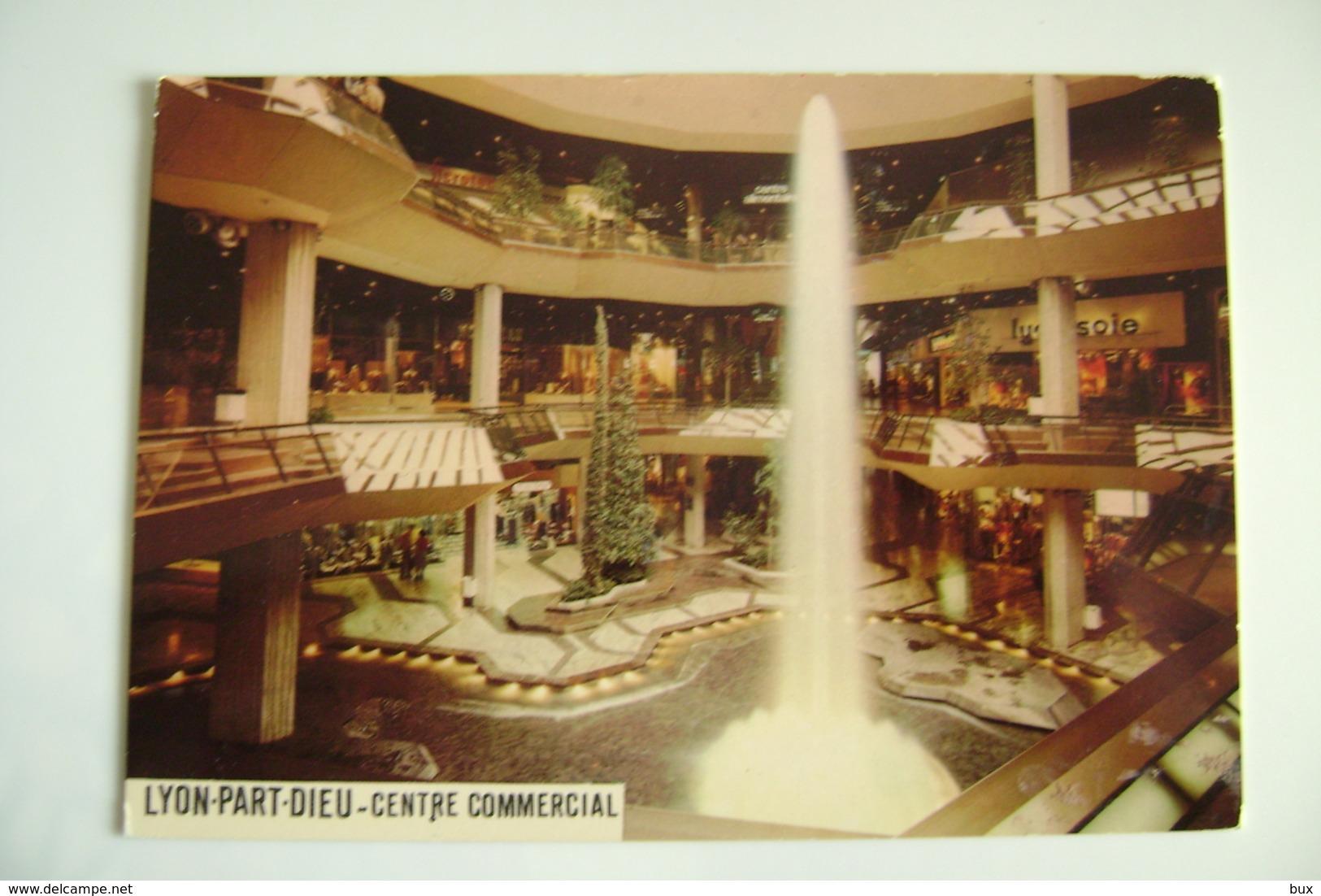 LYON - Part Dieu - Le Centre Commercial  NEGOZIO   NON  VIAGGIATA  COME DA FOTO - Negozi