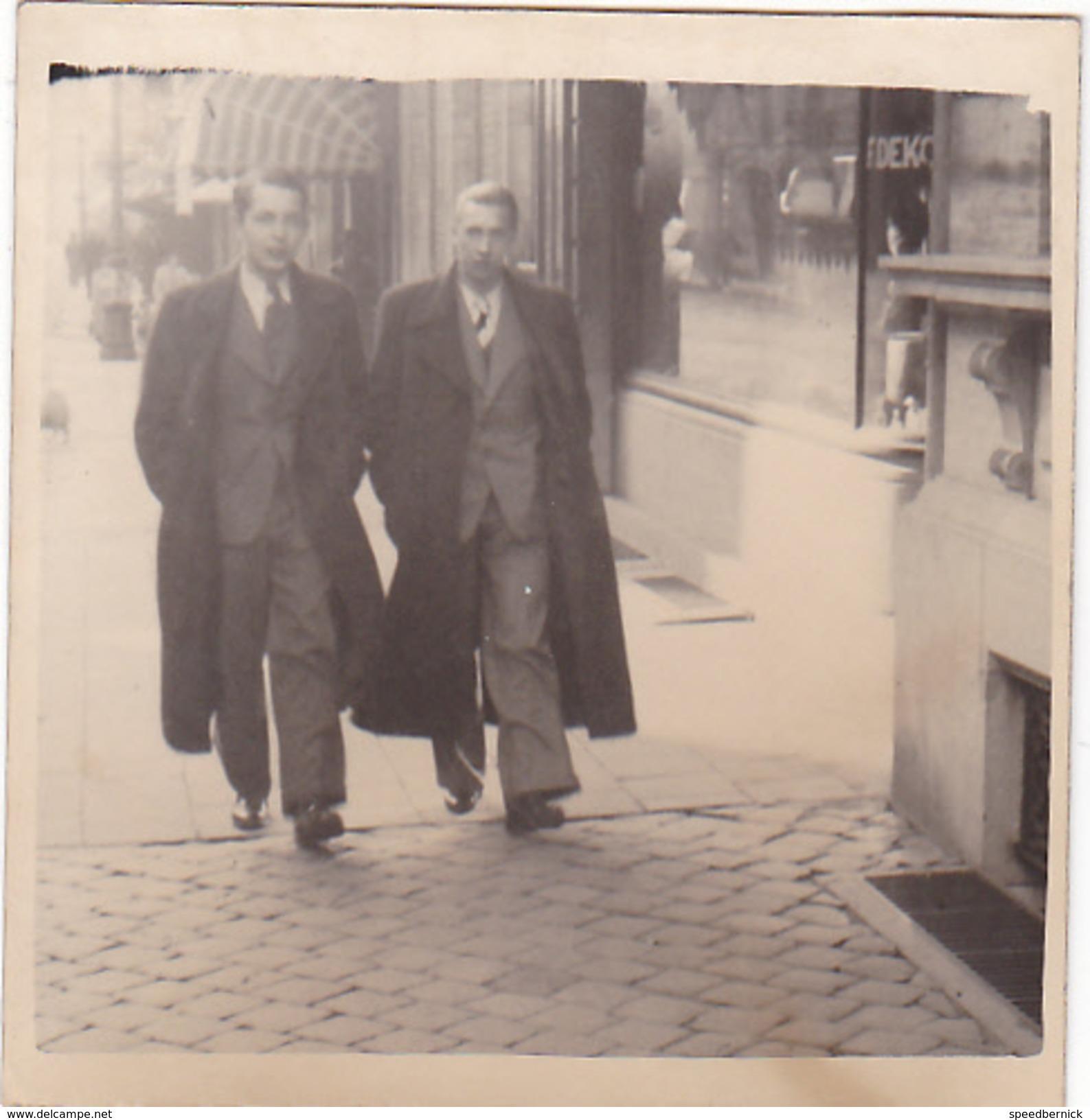 25998 Carte Photo Enfant Frere - Faux Jumeaux - Garcon - Belgique - Vers 1920 -photographe  Timmermans Bruxelles- - Portraits