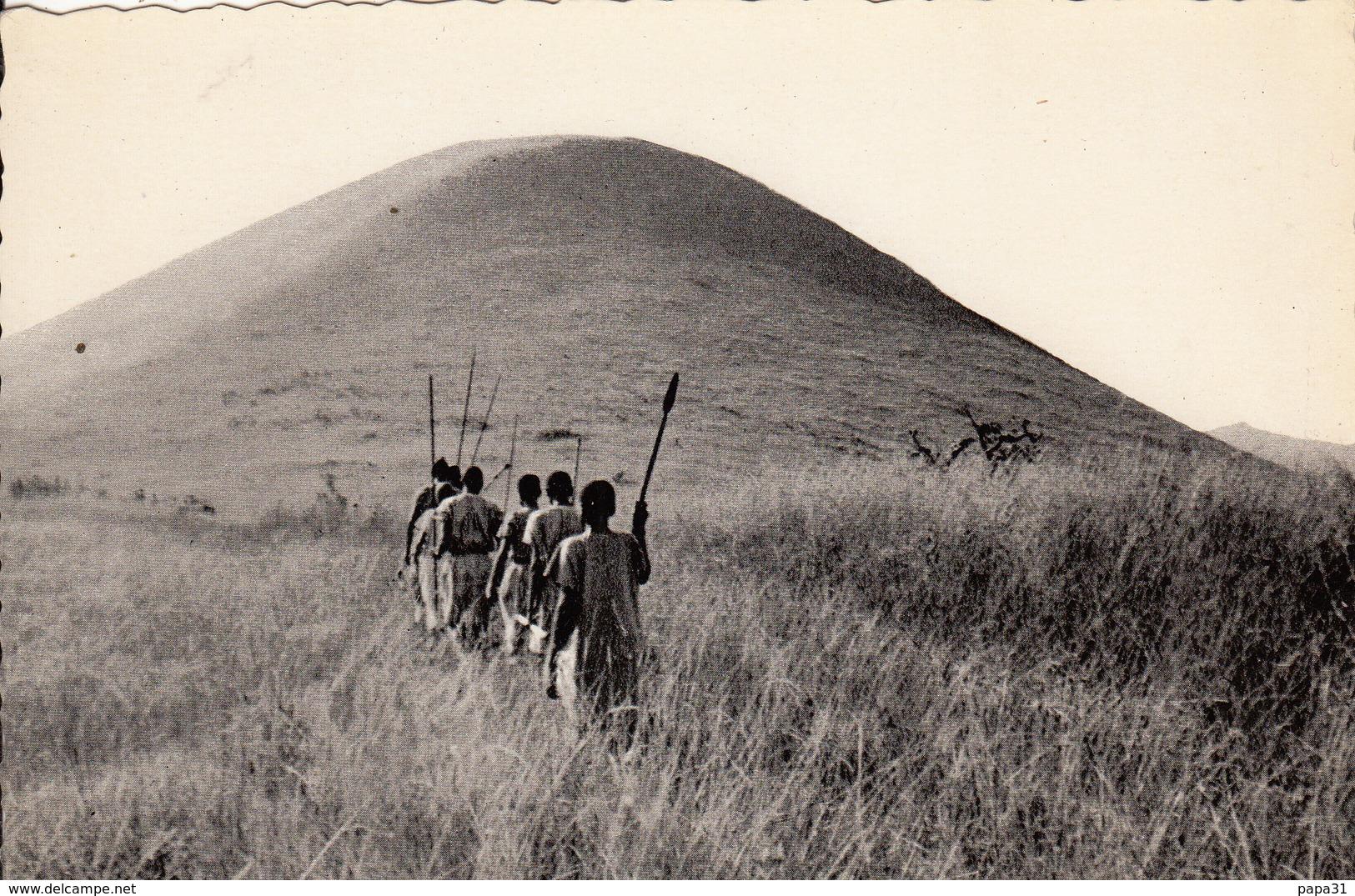 RWANDA - Départ Pour La Chasse - Rwanda