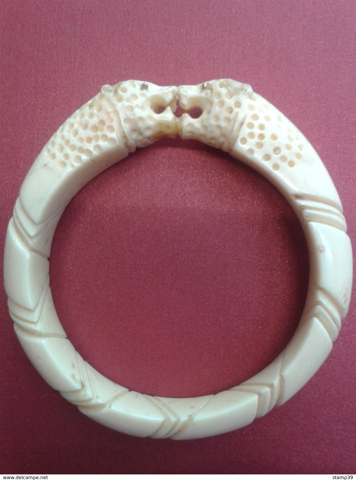 Bracelet En Ivoire Avec Yeux En Or - Largeur 8-8cm - Bracelets