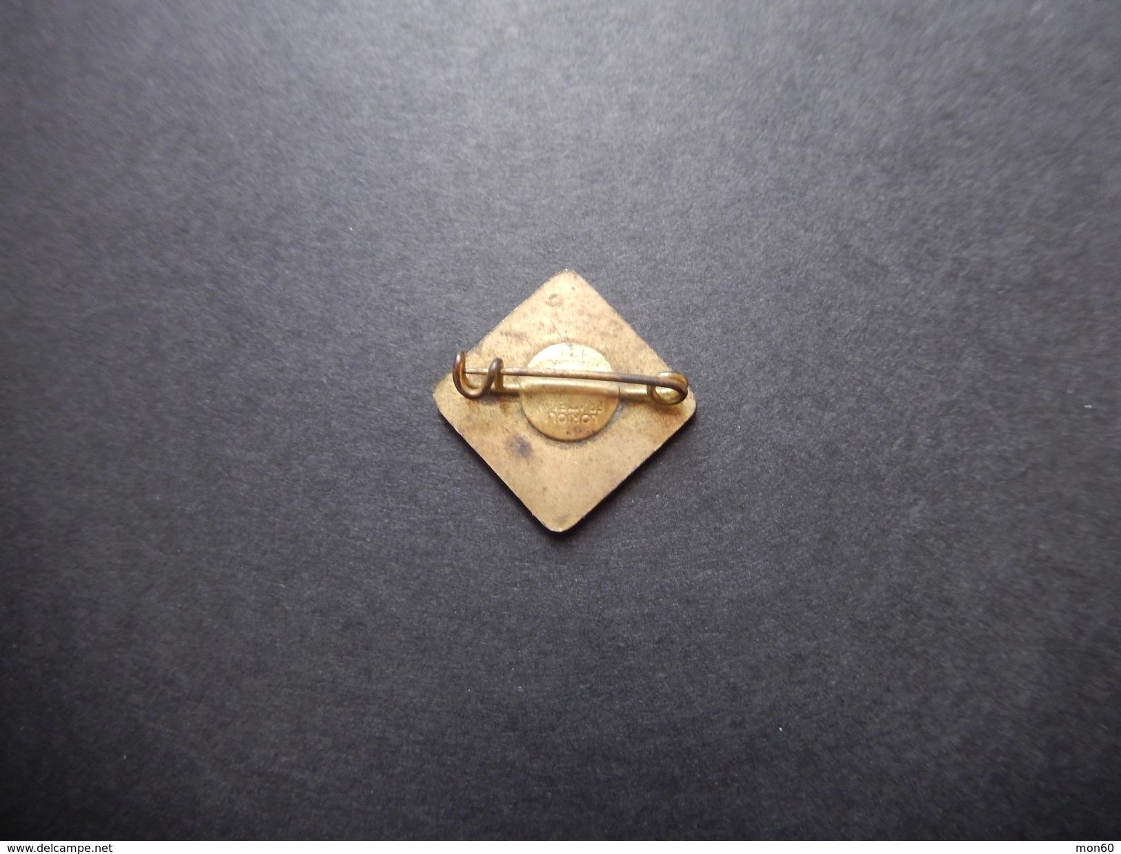 Pin C.R.I.G. Pioniere Della Fraternità (Lorioli)  -P386 - Pin's
