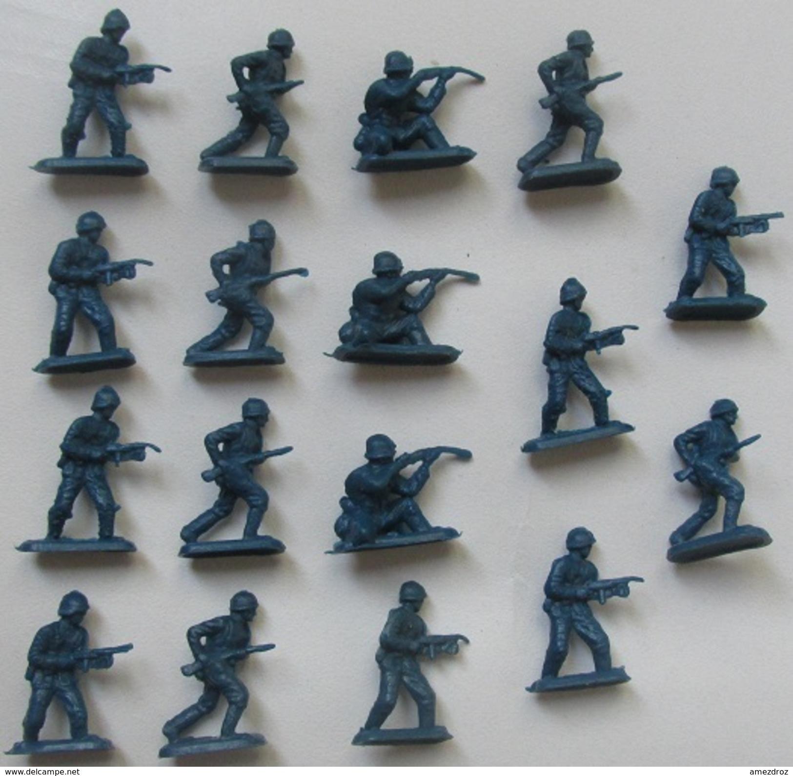 Figurines Monochromes Soldat Ho 1/72,  17 Pièces - Figurines