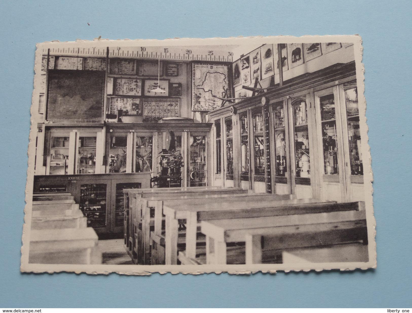 College Van Het Eucharistisch Hart / Klaslokaal () Anno 19?? ( Zie Foto Voor Details ) !! - Essen