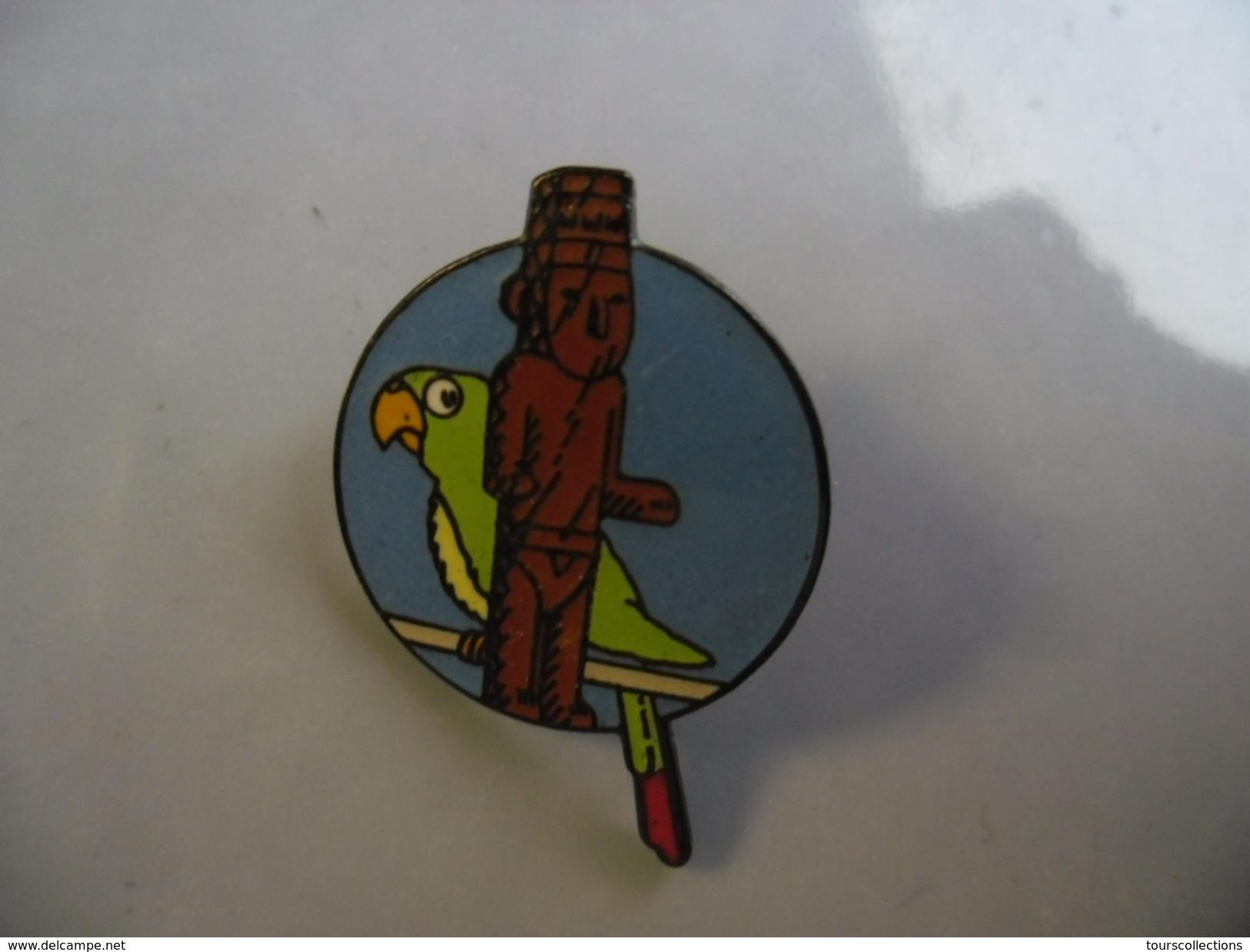 PIN'S TINTIN - L'oreille Cassée - Perroquet Statue @ Hergé Corner - BD