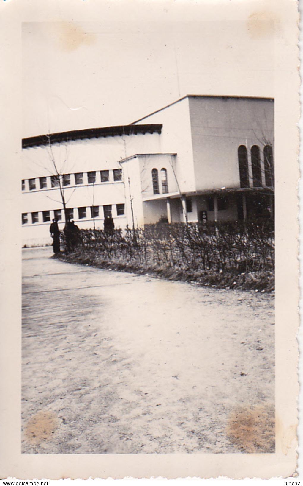 Foto Bulgarien - Gebäude (Kaserne?) -  Ca. 1940 - 10*6cm  (27614) - Orte