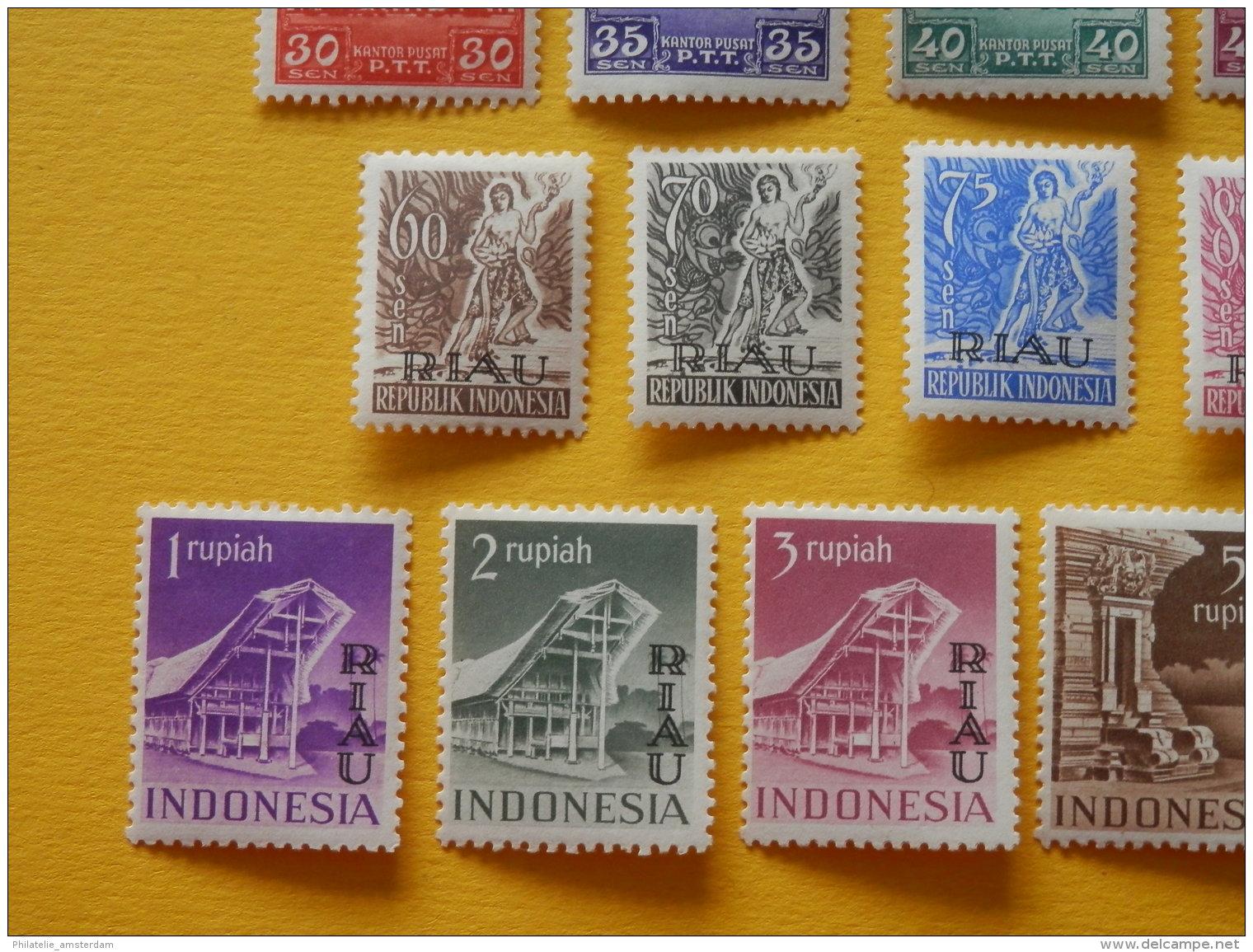 "Indonesia, Riau 1954, OVERPRINT ""RIAU"": Mi 1-22, * - Indonesië"