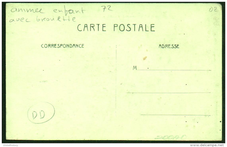 DC2832 - LE BREIL SUR MERIZE - RUE DE LA MERIZE - ANIMEE ENFANT AVEC GROUETTE - France