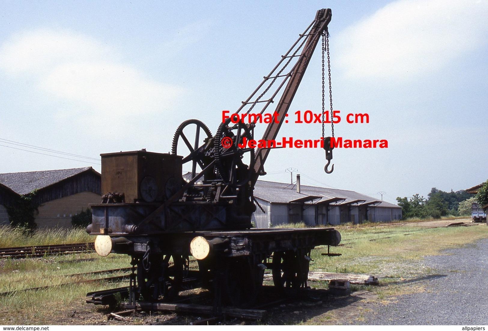 Reproduction Photographie D'un Ancien Wagon Treuil De Connerré-Bonnétable En 1986 - Reproductions