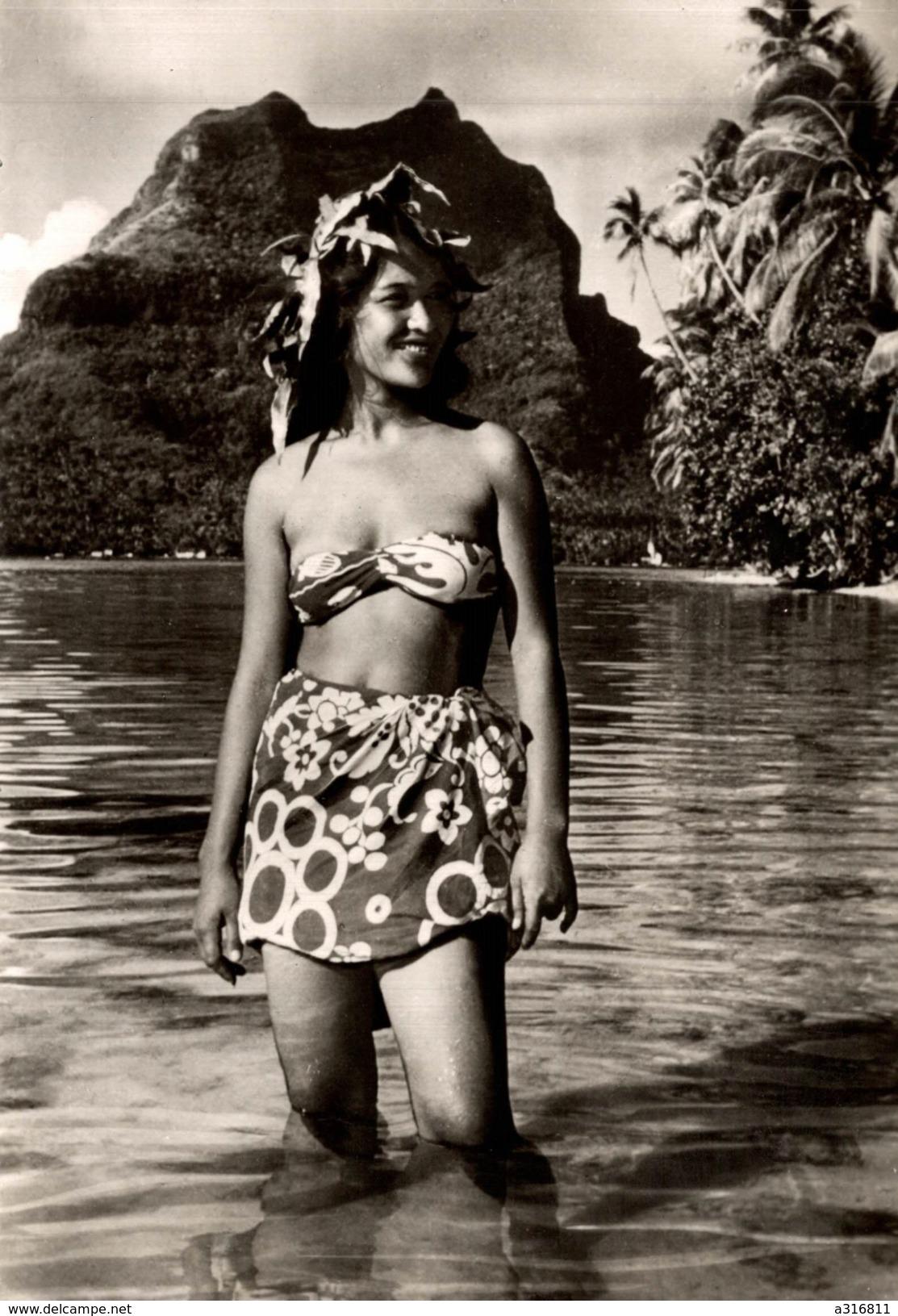 JEUNE FILLE DE BORABORA - Tahiti