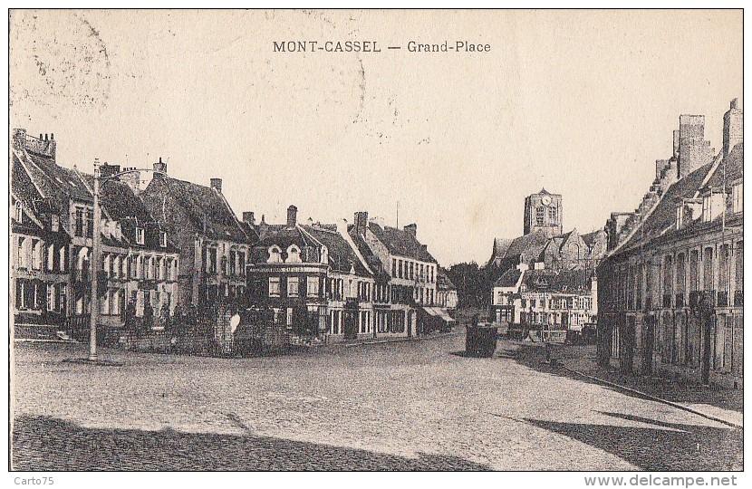 Mont-Cassel 59 - Grand Place - 1936 Cachet Postal Ostricourt - France