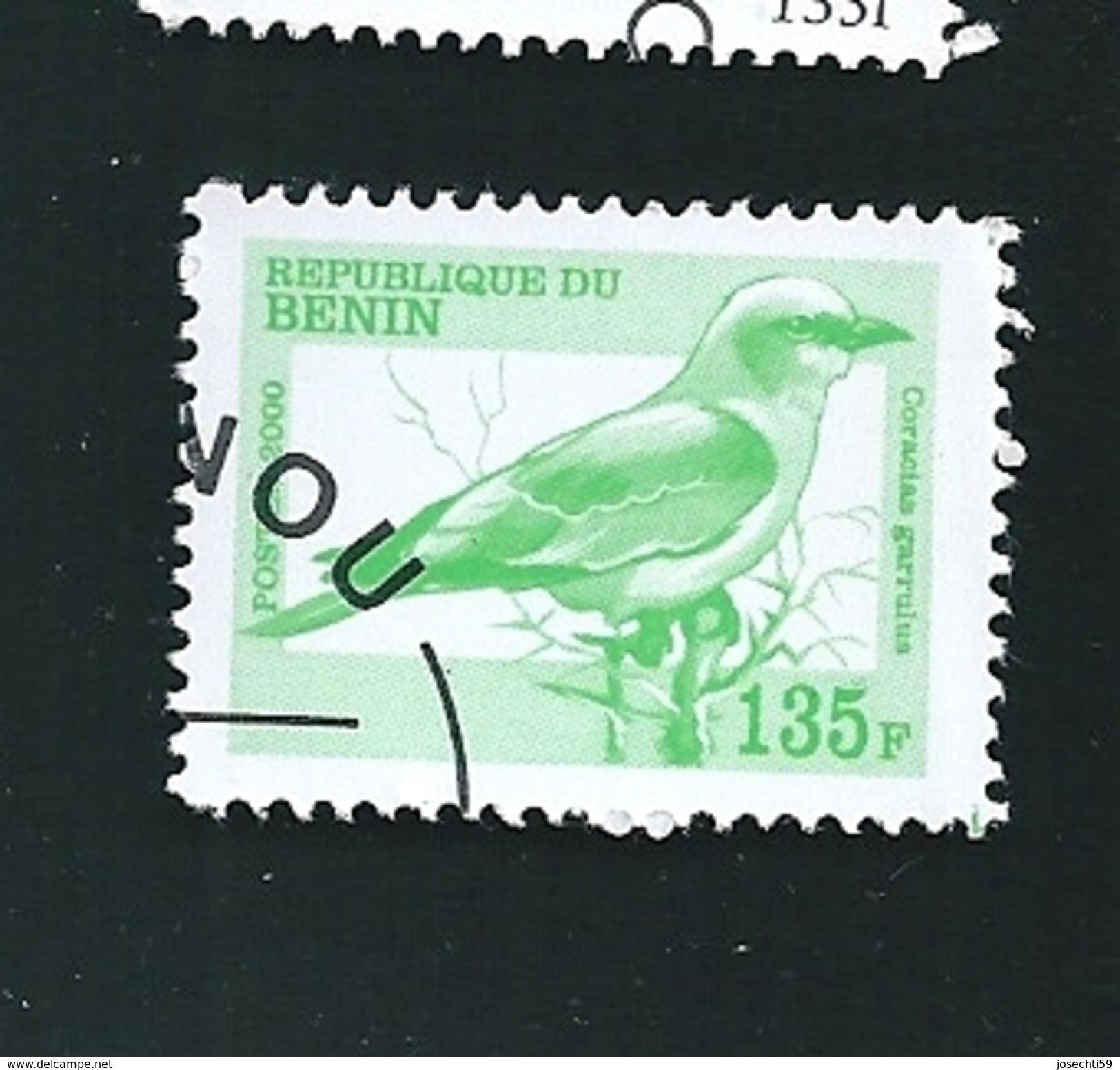 N° 2000E  Oiseaux :Caracia Garrulnus TIMBRE Bénin (2000) Oblitéré - Bénin – Dahomey (1960-...)