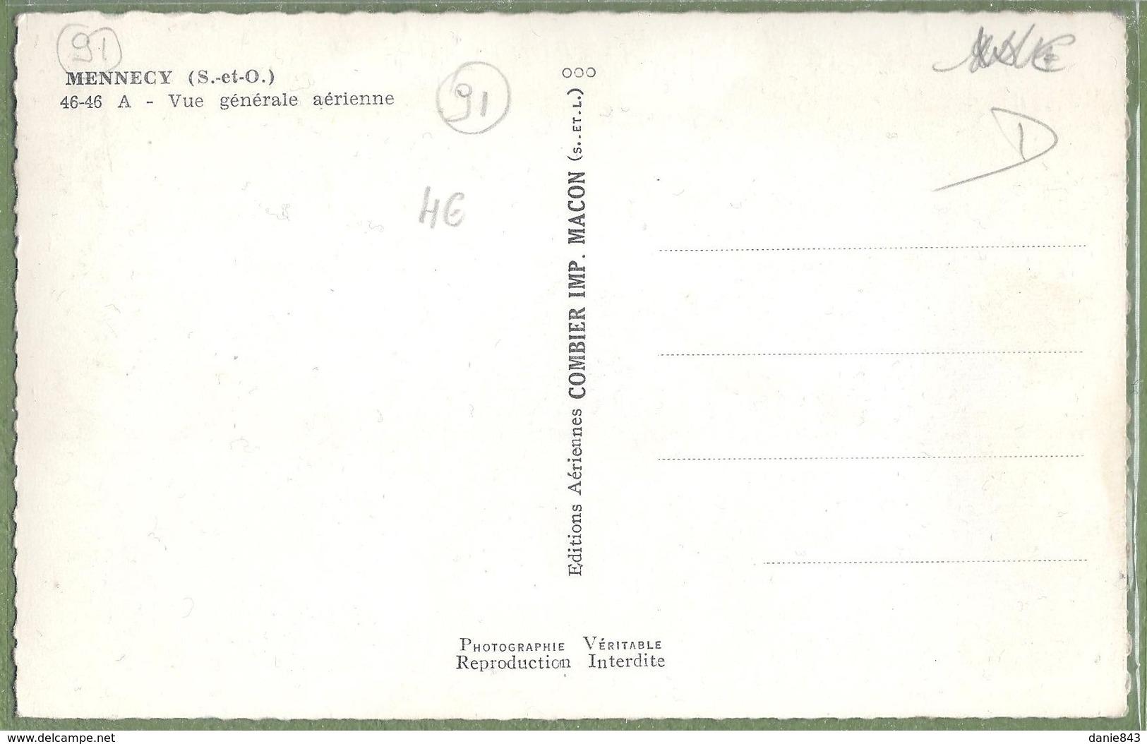 CPSM - ESSONNE - MENNECY - VUE GÉNÉRALE AERIENNE - CIM / 46-46 A - Mennecy