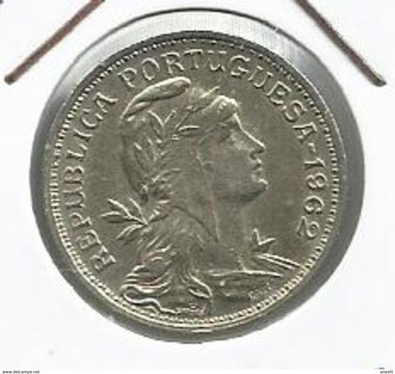 Portugal_1962_50 Centavos. - Portugal
