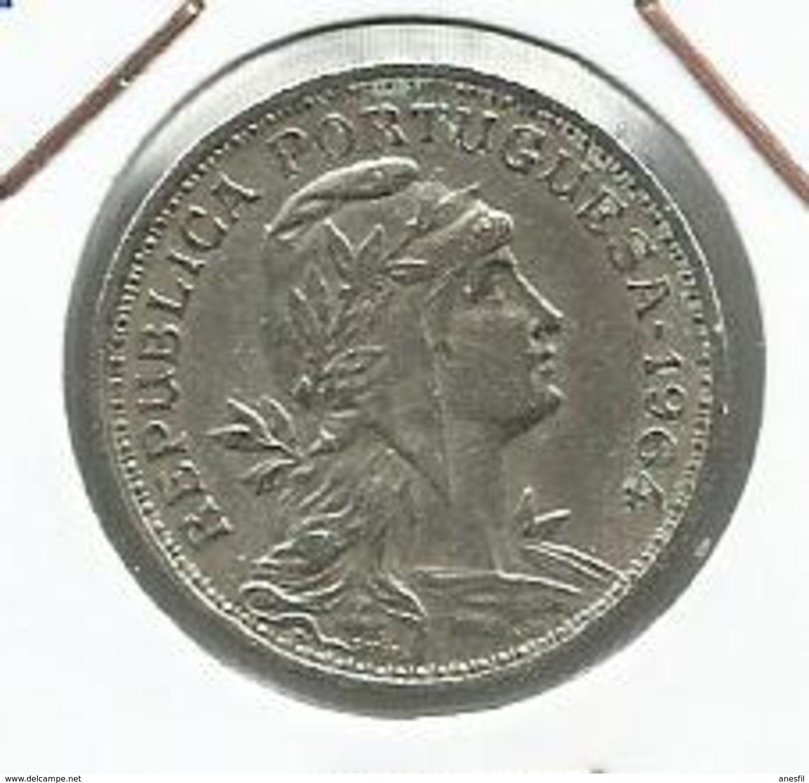 Portugal_1964_50 Centavos. - Portugal