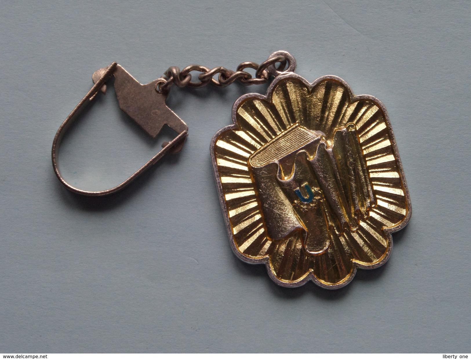 UNIVERSIADA 1981 BUCURESTI ROMANIA ( Key Chain - Porte Clé / Sleutelhanger / Zie Foto ) ! - Olympische Spelen