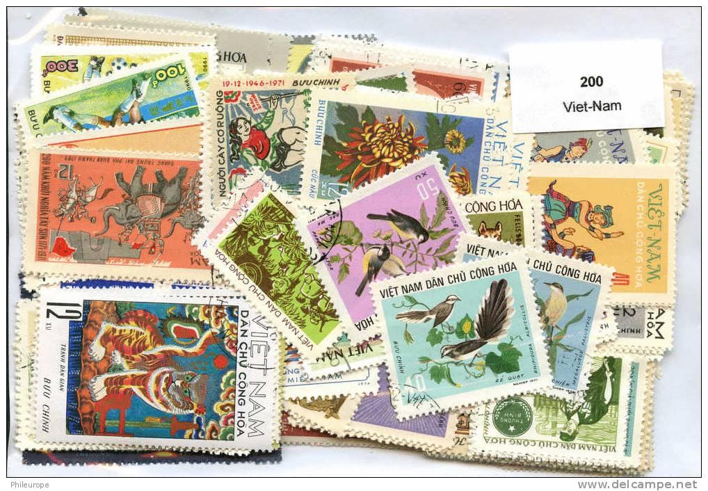200 Timbres Viet-Nam - Viêt-Nam
