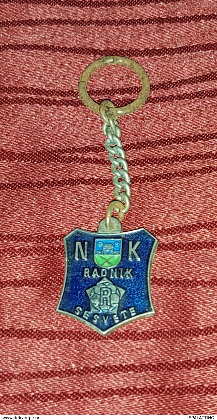 NK RADNIK SESVETE CROATIA VINTAGE KEY CHAIN - Fussball