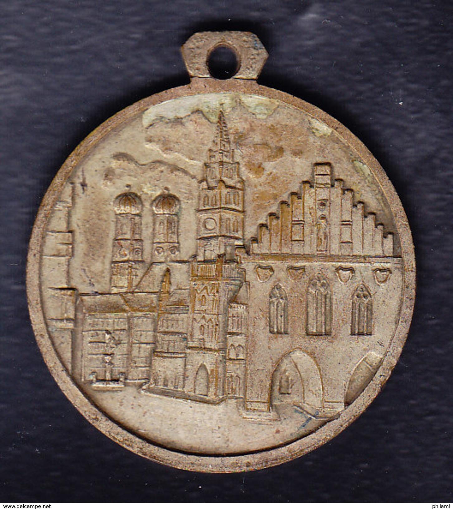 Médaille, MUNCHEN, DESUILER MUNCHEN, Poids 19 Gr, Diam 3.50 Cm.(OM34) - Autres