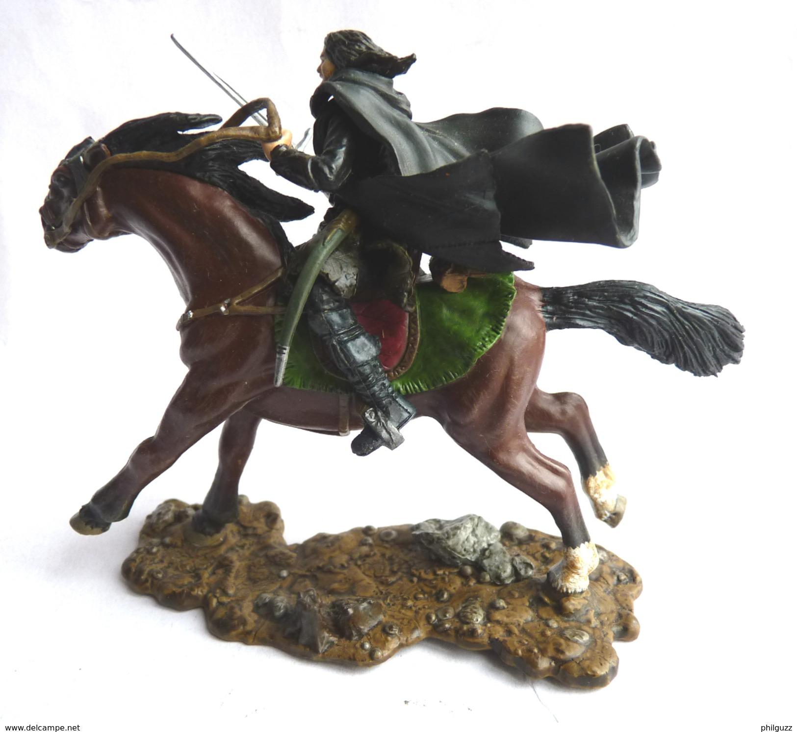 FIGURINE SEIGNEUR DES ANNEAUX ARAGORN On HORSEBACK PLAY ALONG 2003 - Harry Potter