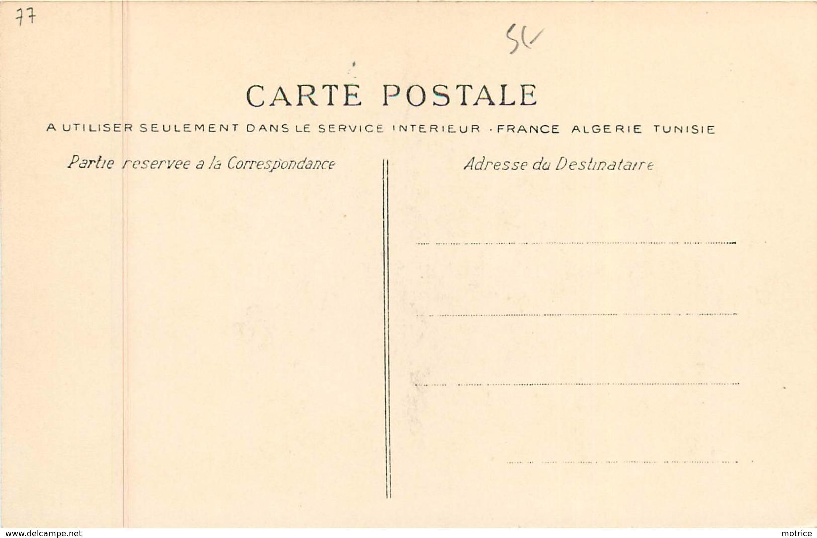 CLUB ALPIN FRANÇAIS -  Dans La Forêt De Fontainebleau (octobre 1902). - Fontainebleau