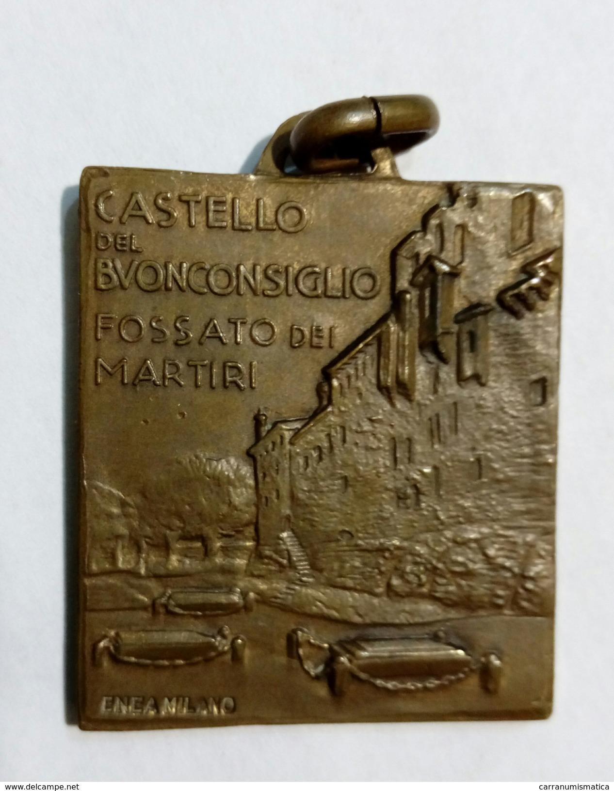 Medaglia In Bronzo Dei Martiri Dell' Irredentismo - Chiesa / Filzi / Battisti / ( Trento - Castello Del Buon Consiglio ) - Italia