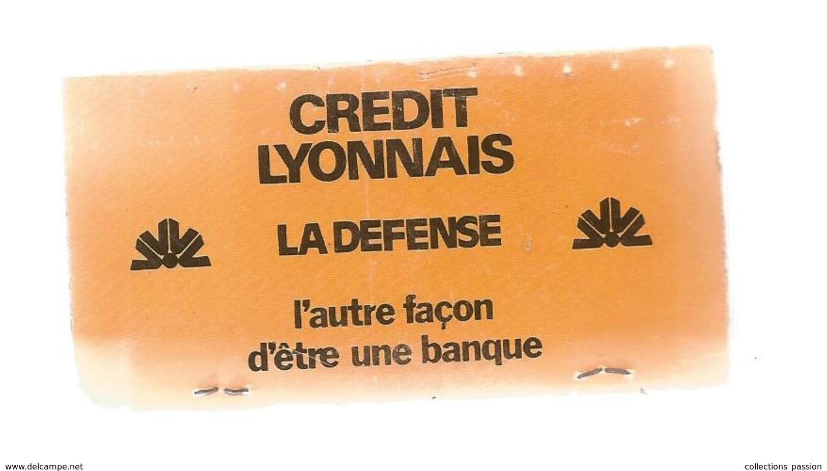G-I-E , Tabac , Boite , Pochette D'ALLUMETTES, 2 Scans,  Publicité, CREDIT LYONNAIS , LA DEFENSE , 9 X 5 - Matchbox Labels