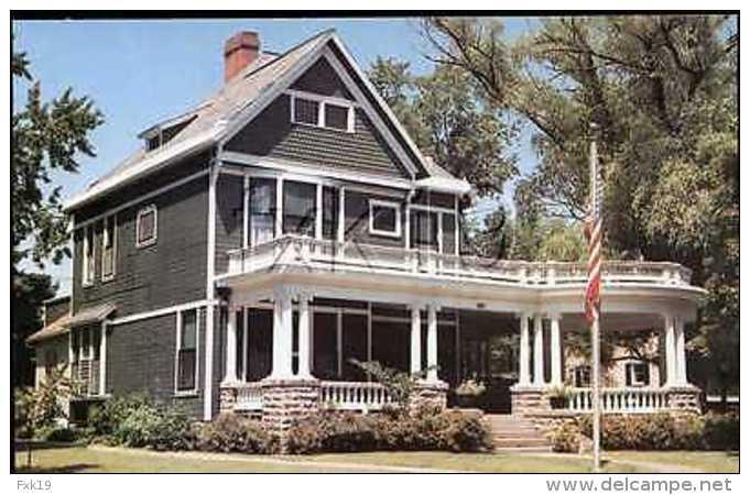 Ohio ~ MARION ~ Harding Home Postcard 8125v - United States