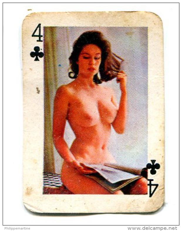 Carte 5,8 Cm X 4cm  : 4 Trèfle - Femme Nue - Autres