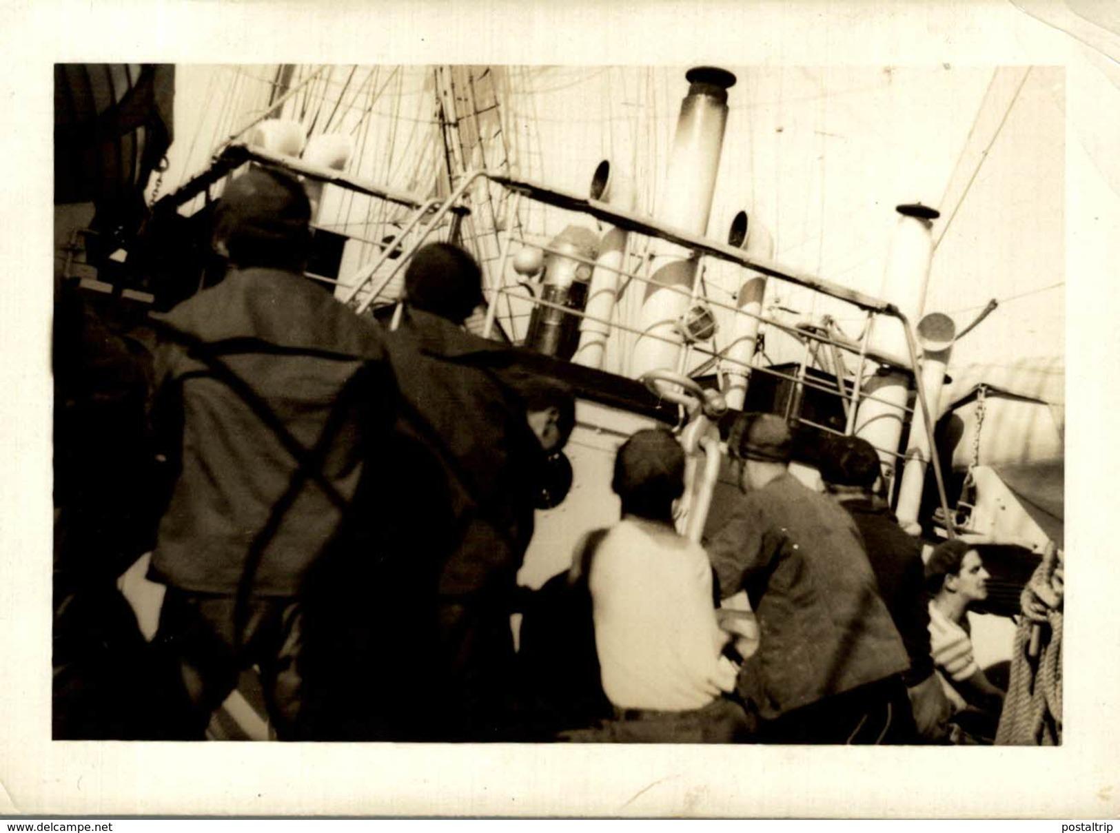 MERCATOR   CREW   FOTOS PRIVADO VIAJE MERCATOR 1940 +- 11.5 * 8CM Voilier - Velero Sailboat - Schiffe
