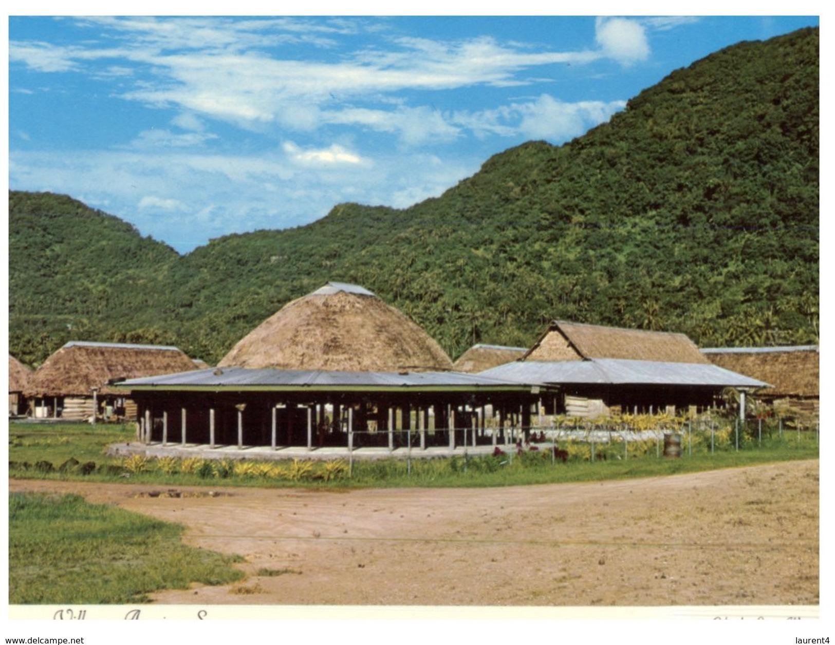 (716) American Samoa Native Modern Vllage - Samoa Americana