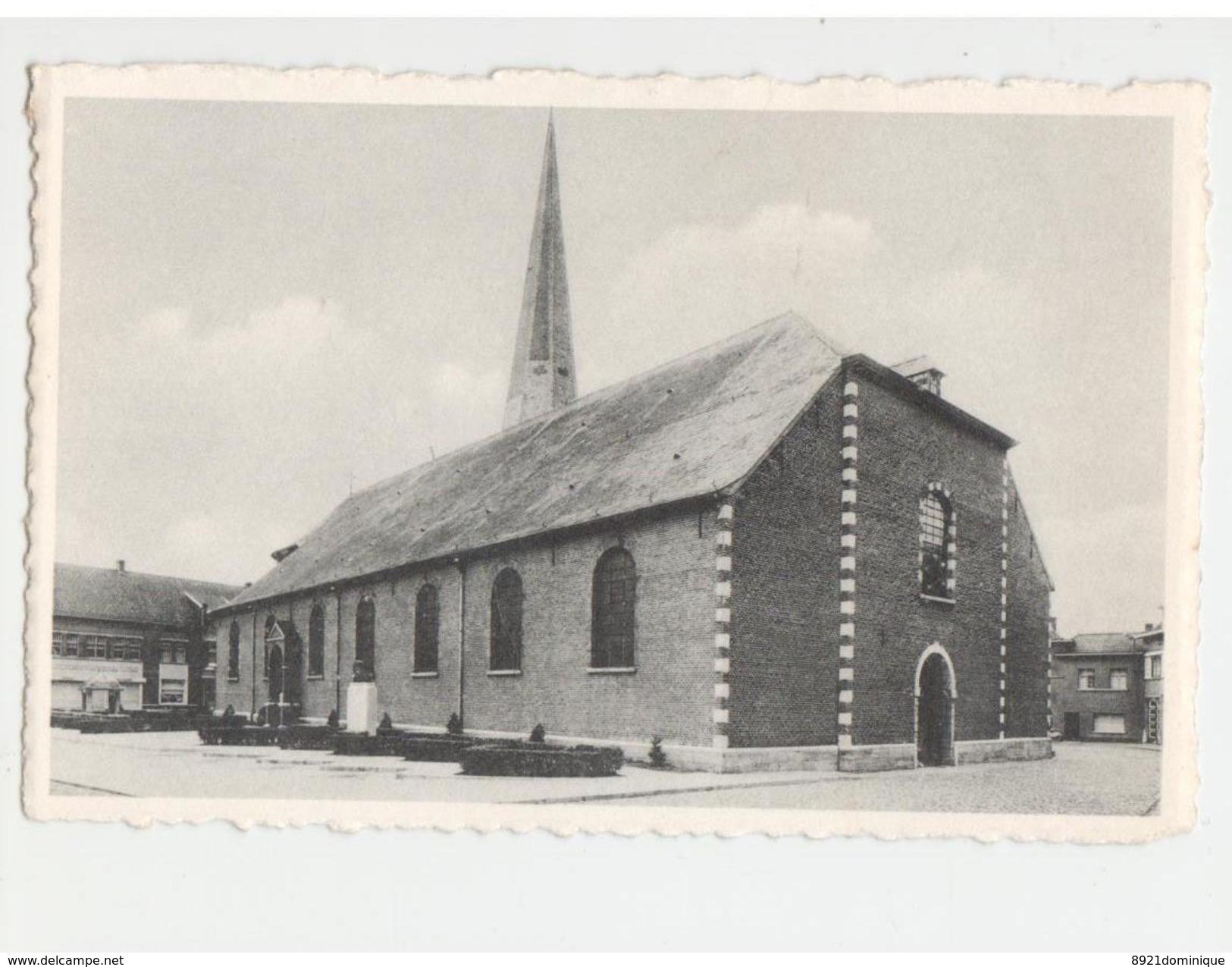 DEERLIJK -  St. Colomba Kerk, Borstbeeld Van Dichter Hugo Verriest - Photo J. Lefèvre - Deerlijk