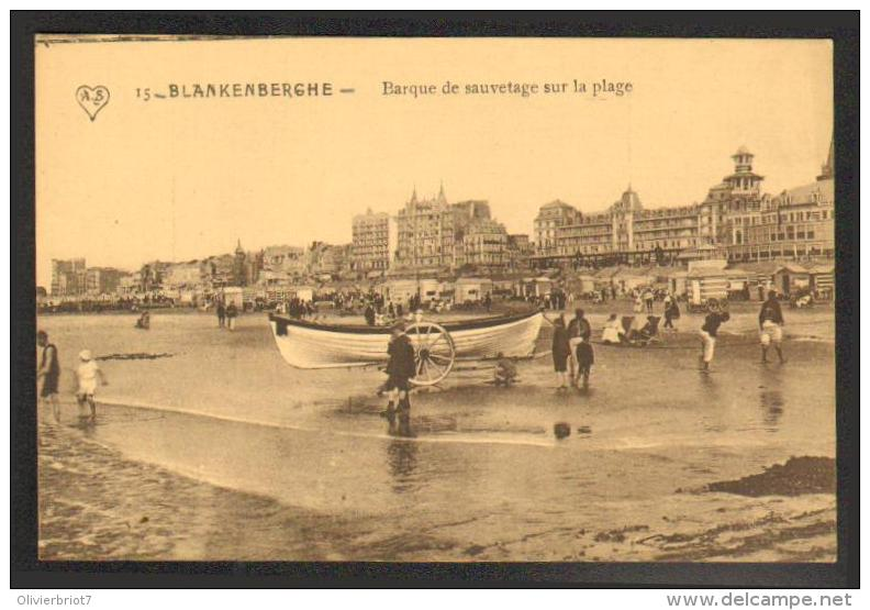 Blankenberghe - Barque De Sauvetage Sur La Plage - Blankenberge
