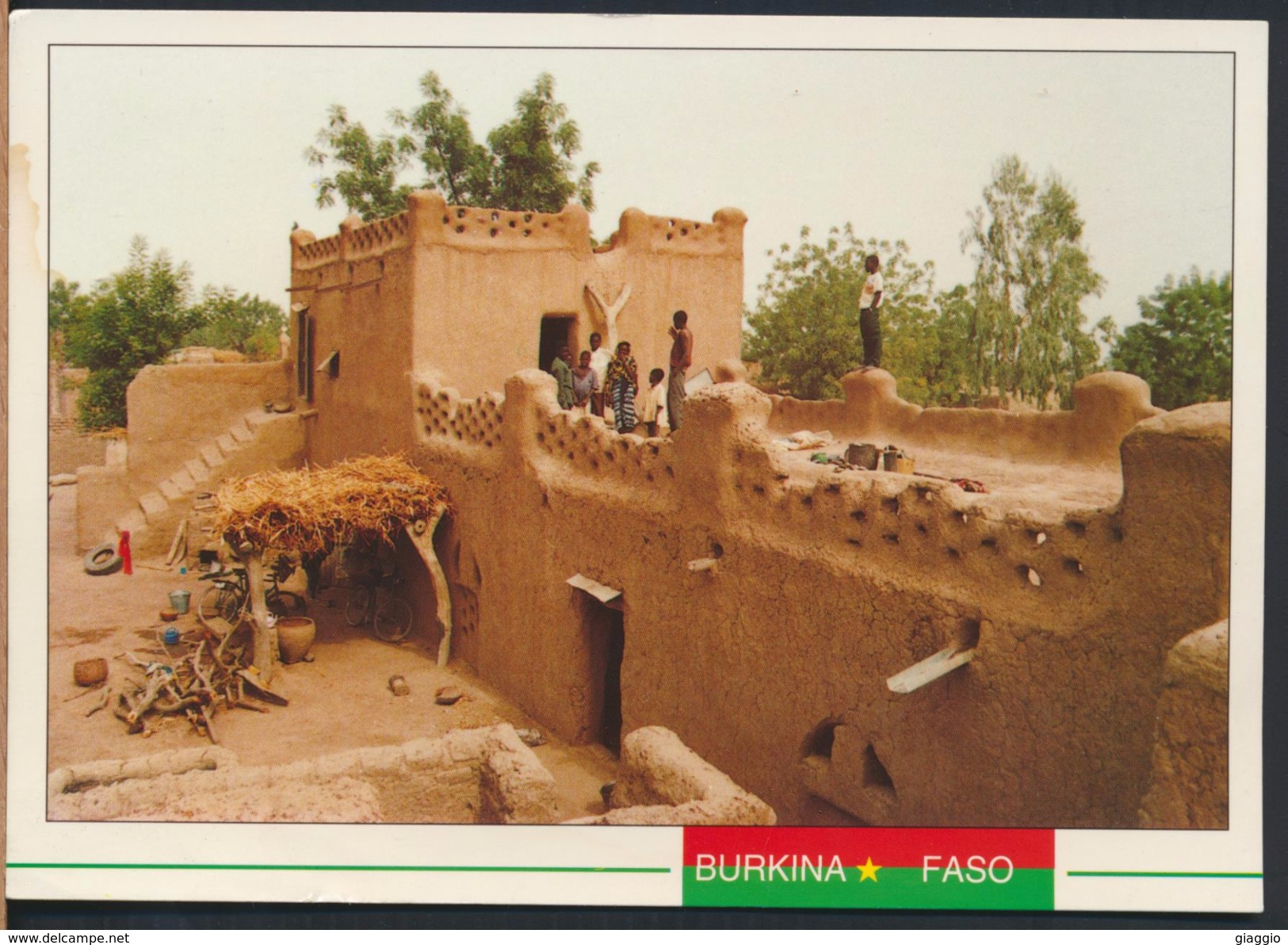 °°° 4288 - BURKINA FASO - KOSSI - MAISON D'HABITATION A NOUNA - With Stamps °°° - Burkina Faso