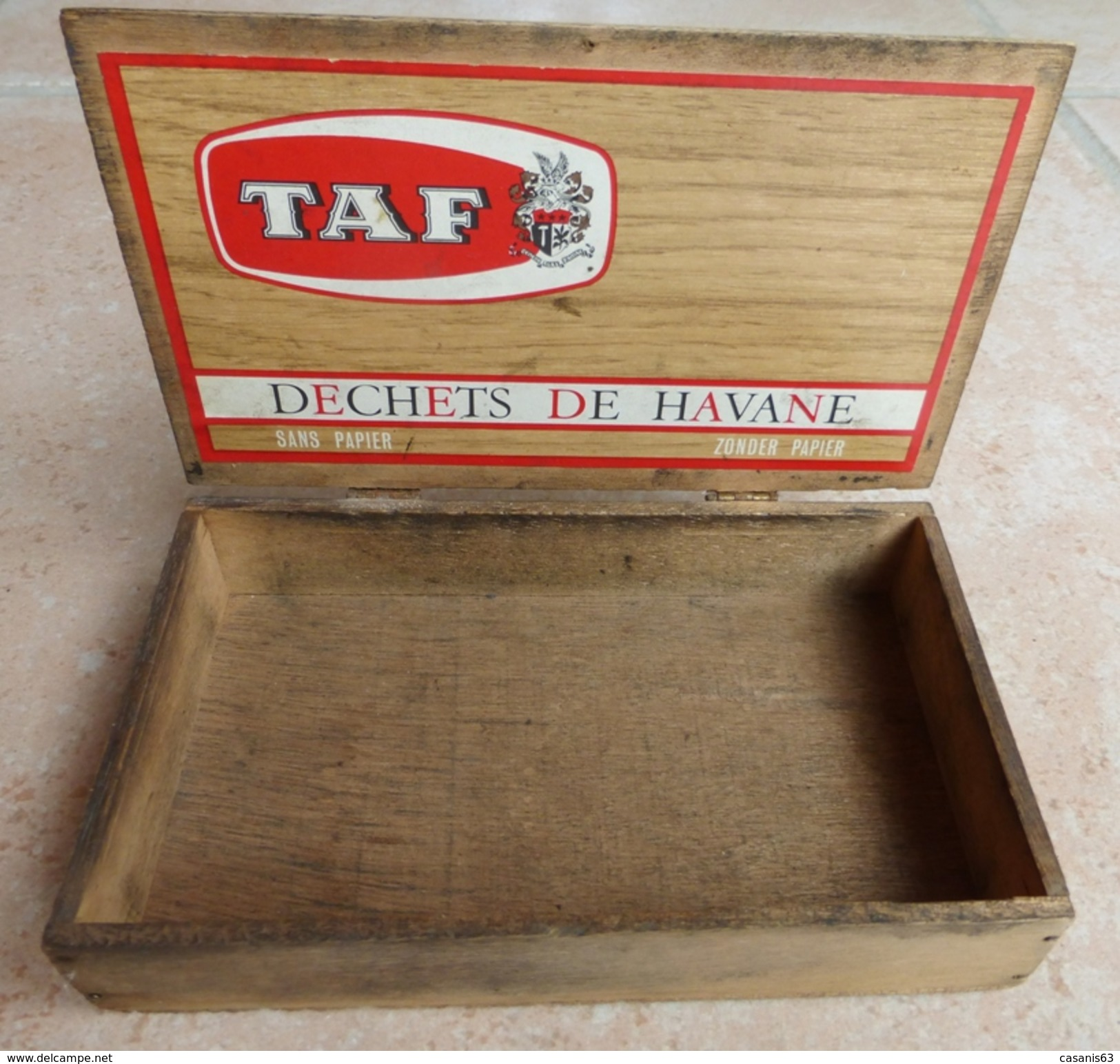 TABAC  )    BOITE  A  CIGARES  -   TAF - Déchets De Havanae - Sans Paper -   En Bois - Zigarrenetuis