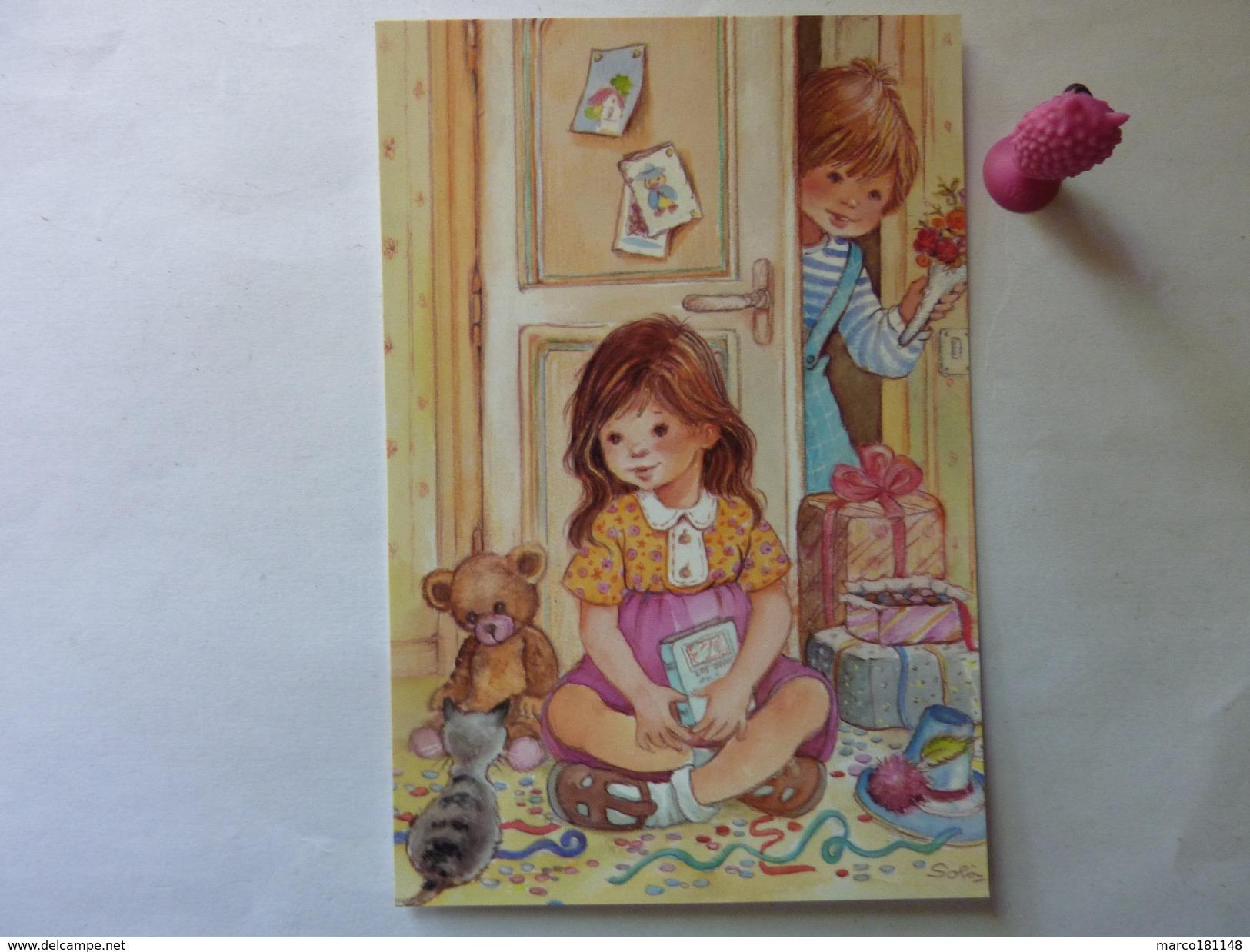 Enfants Avec Jouets , Petit Chat - Enfants