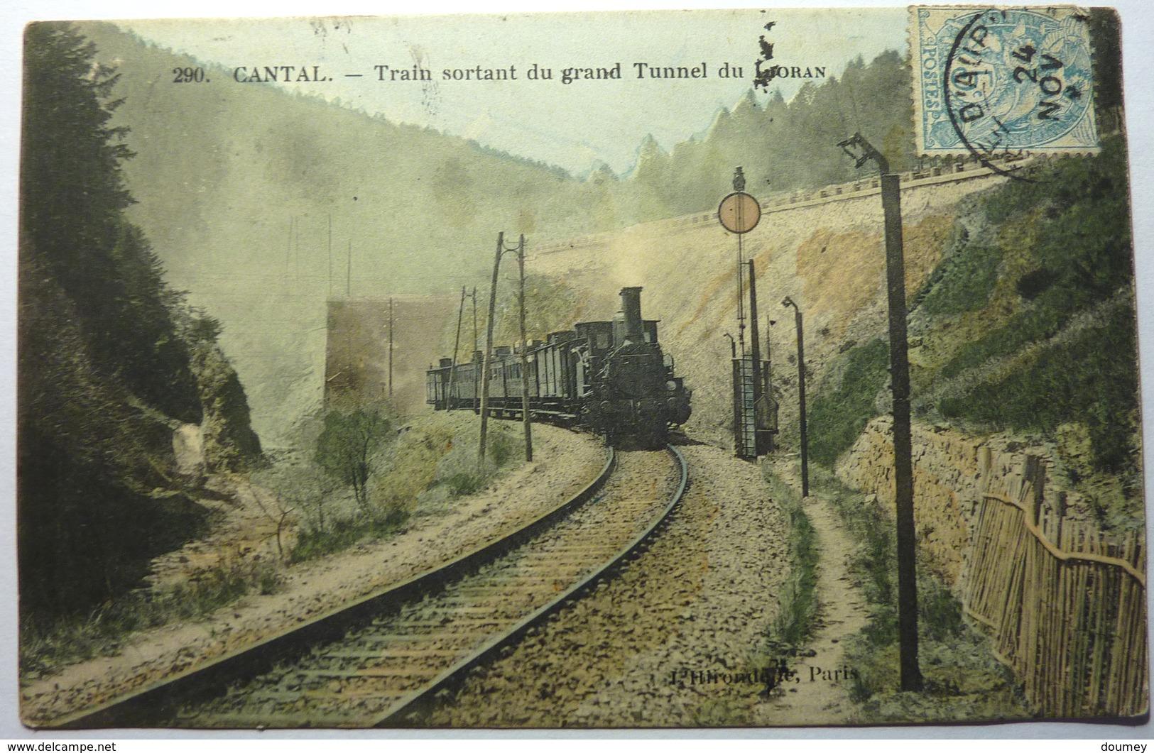TRAIN SORTANT DU GRAND TUNNEL DU LIORAN - CANTAL - Frankreich