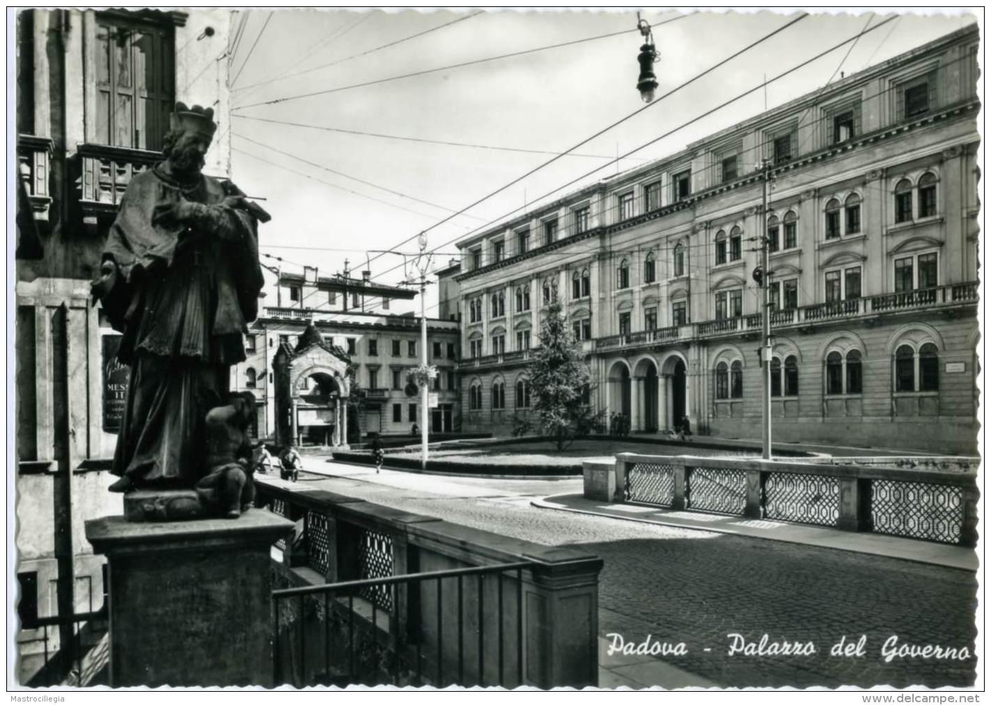 PADOVA  Palazzo Del Governo - Padova