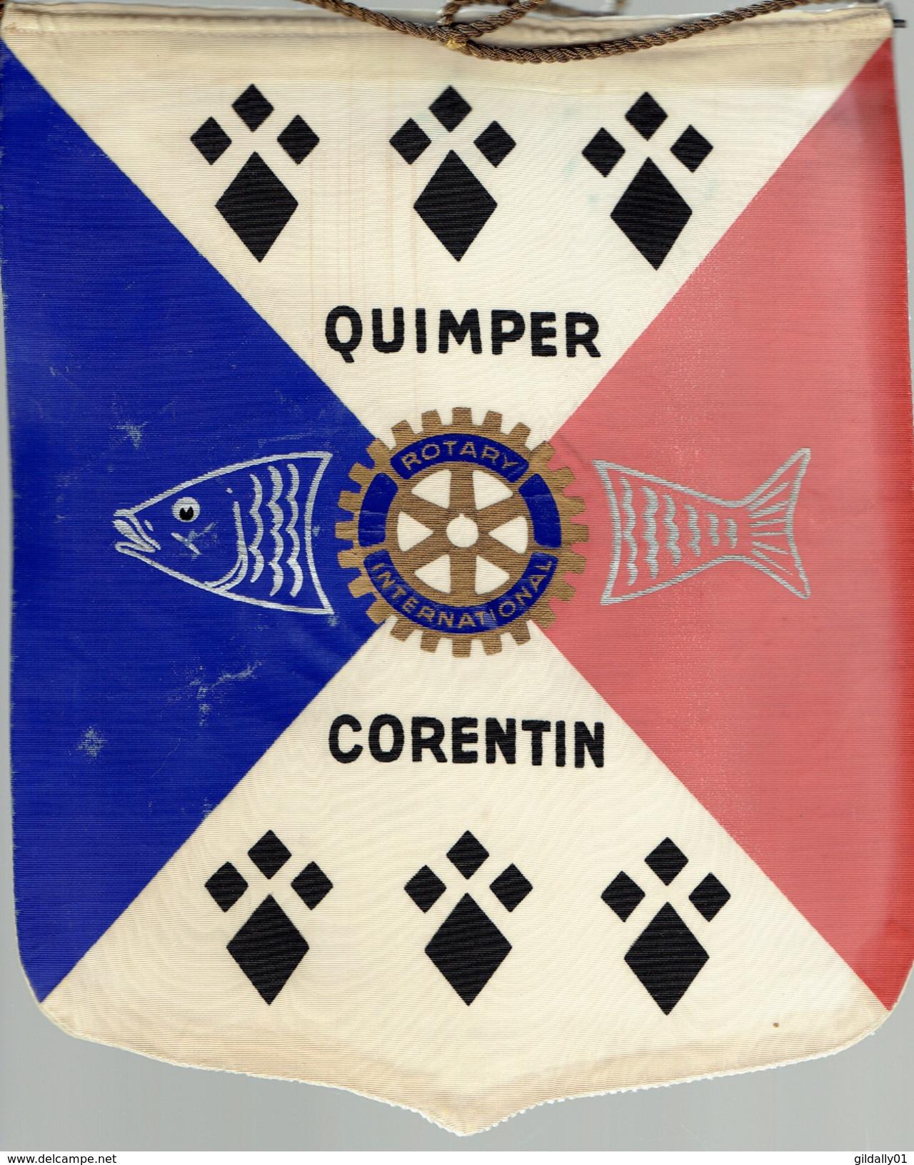Fanion:    QUIMPER CORENTIN.  FRANCE.     * ROTARY CLUB INTERNATIONAL * - Organisations