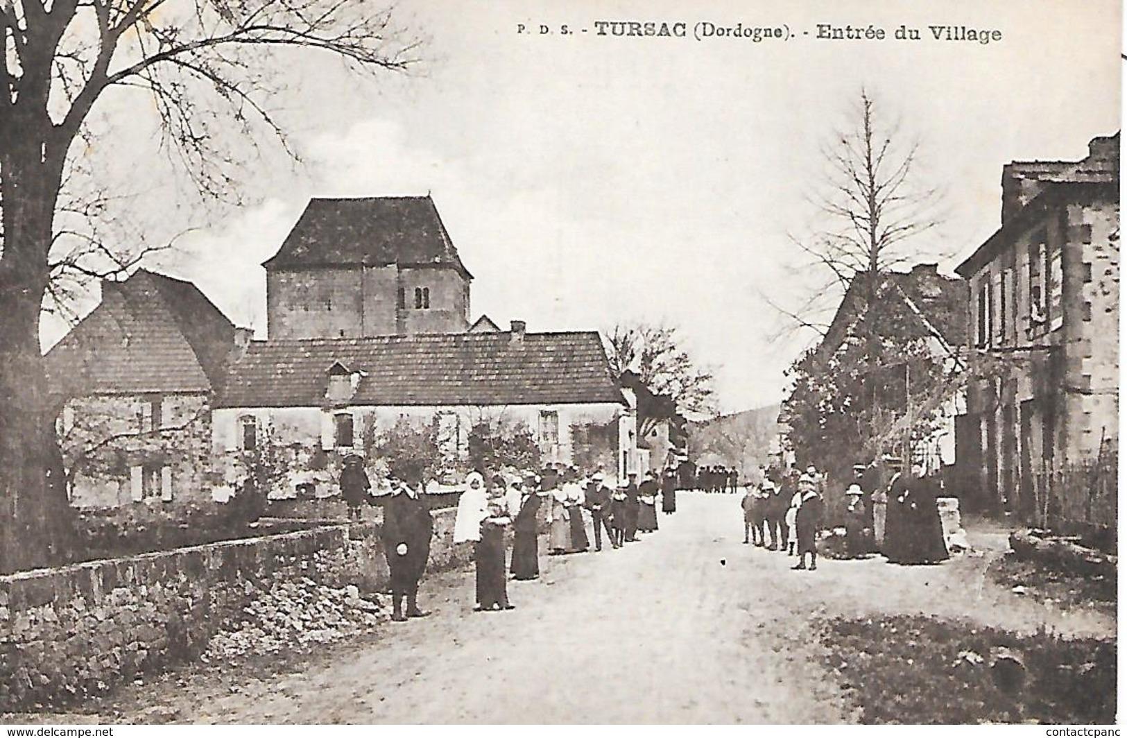 TURSAC  ( 24 )  - Entrée Du Village - Frankreich