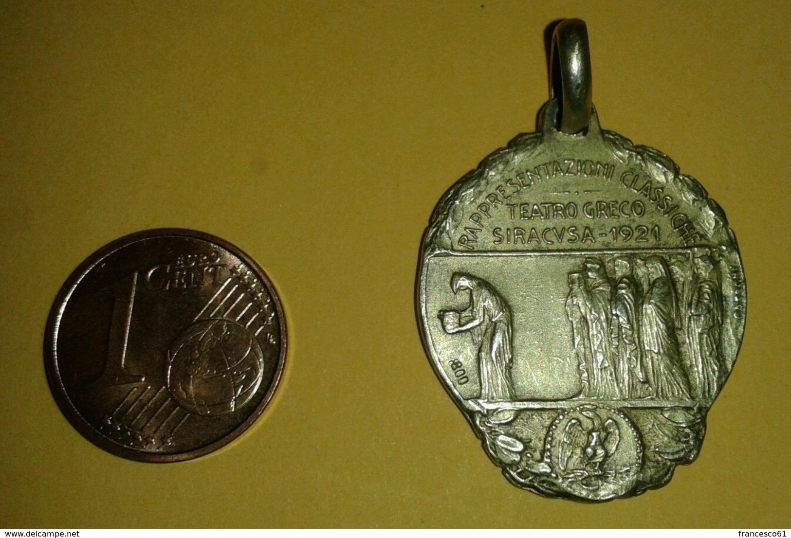 Medaglia Siracusa Teatro Greco Rappresentazioni Classiche 1921 Argento '800 - Italia