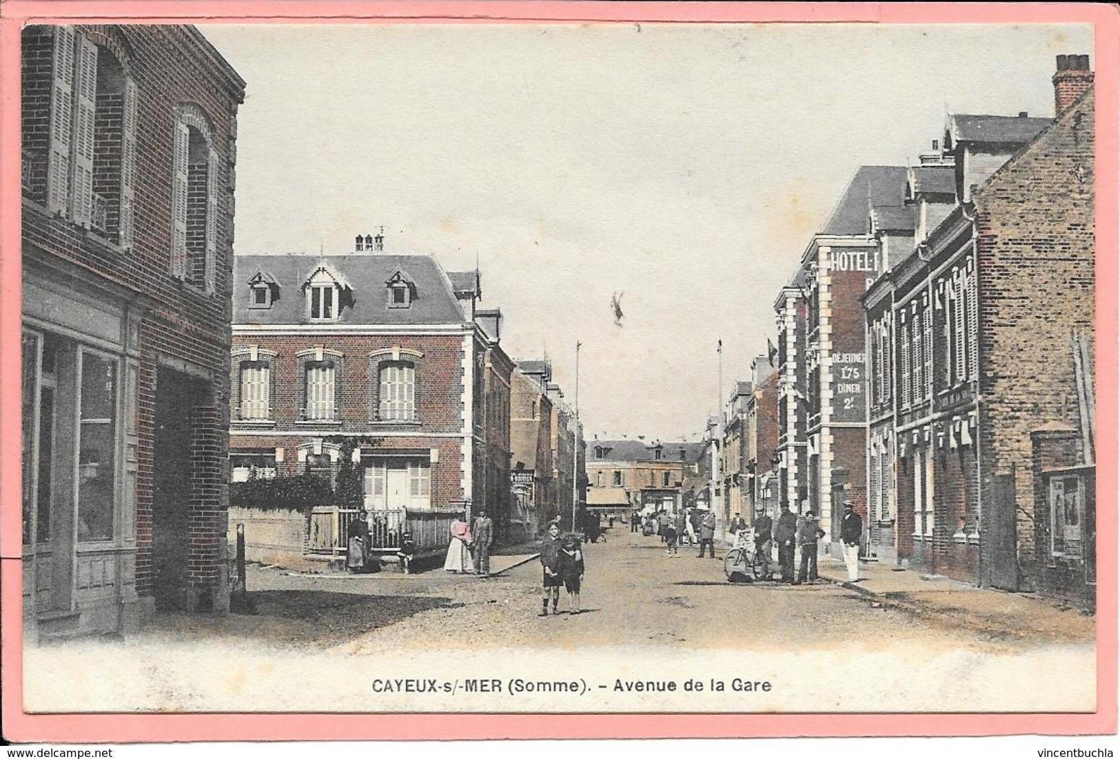 Cayeux Sur Mer - Avenue De La Gare Animée - Cayeux Sur Mer