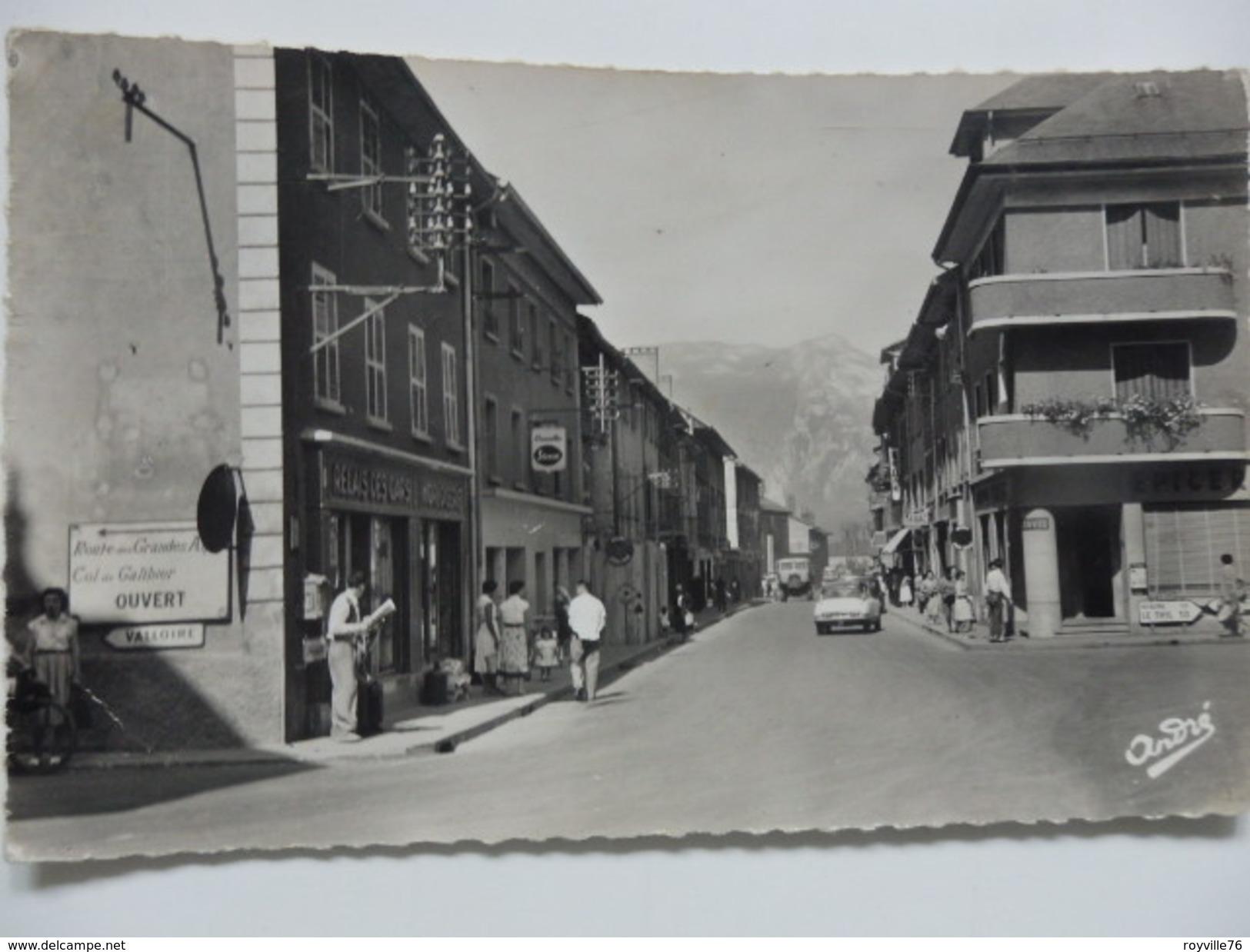 Saint-Michel-de-Maurienne, Rue Général Ferrié. - Saint Michel De Maurienne