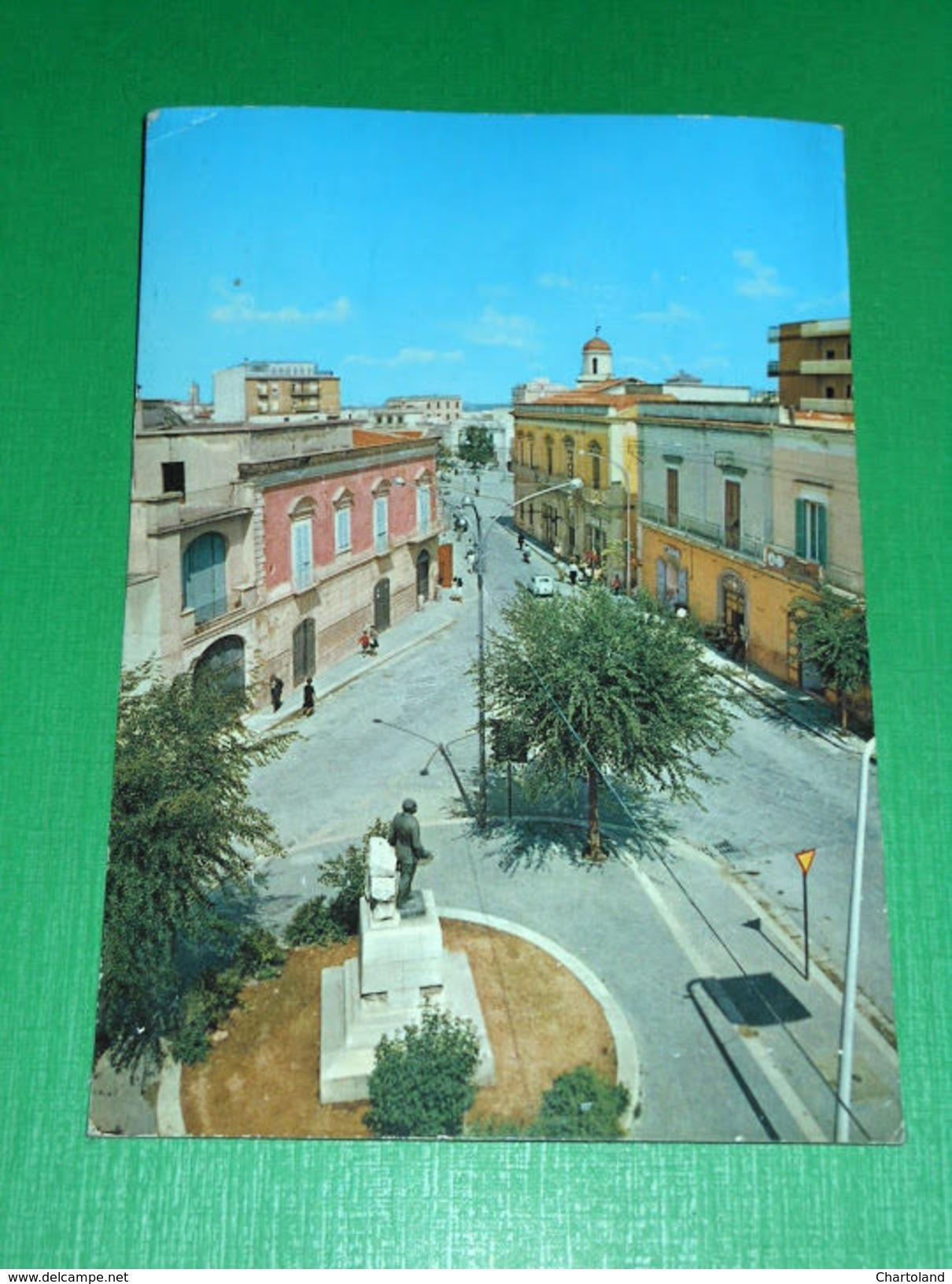 Cartolina Canosa Di Puglia - Piazza Imbriani 1972 - Bari