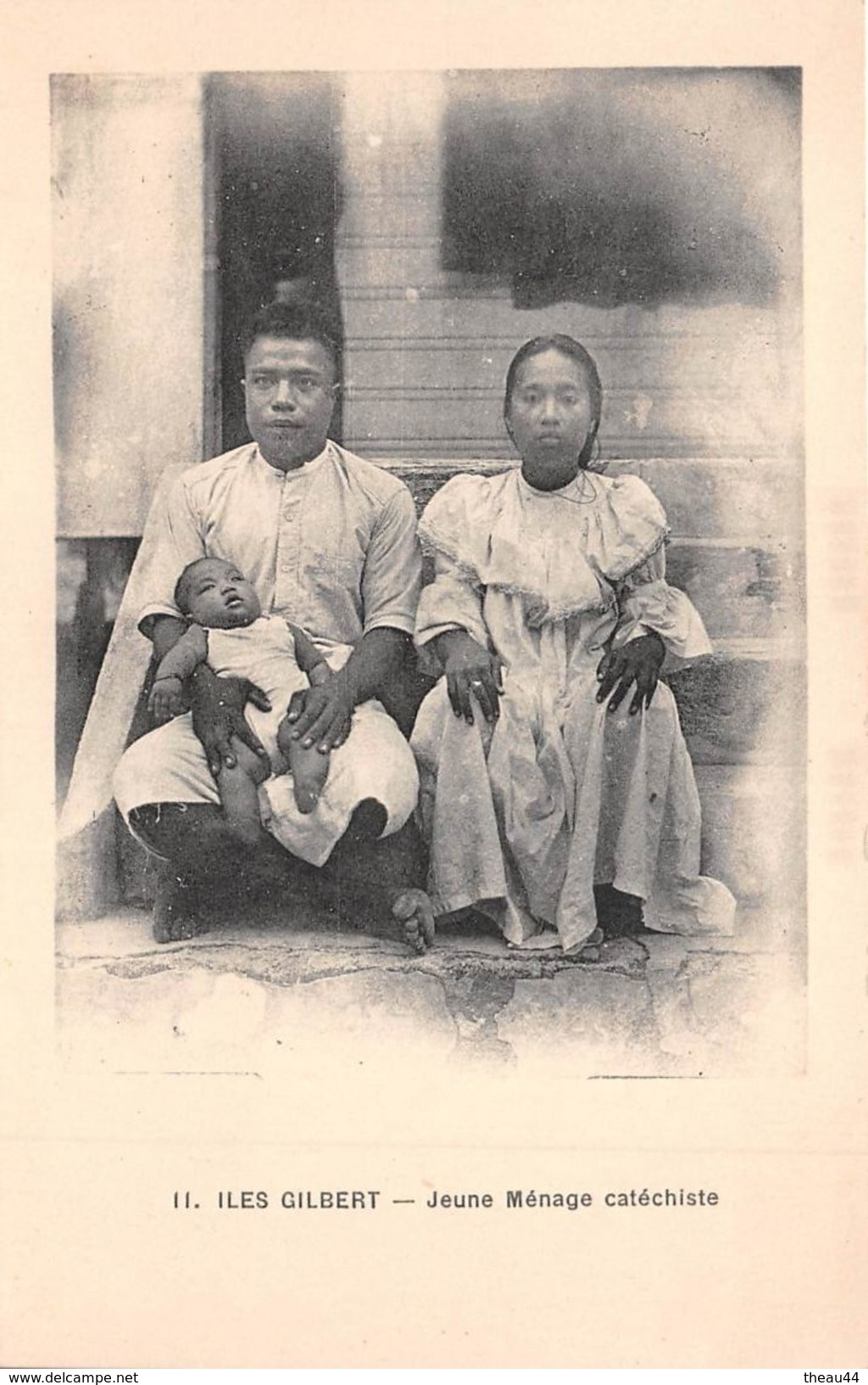 ¤¤  -  11  -  ILES GILBERT   -  Jeune Ménage Catéchiste   -  ¤¤ - Kiribati