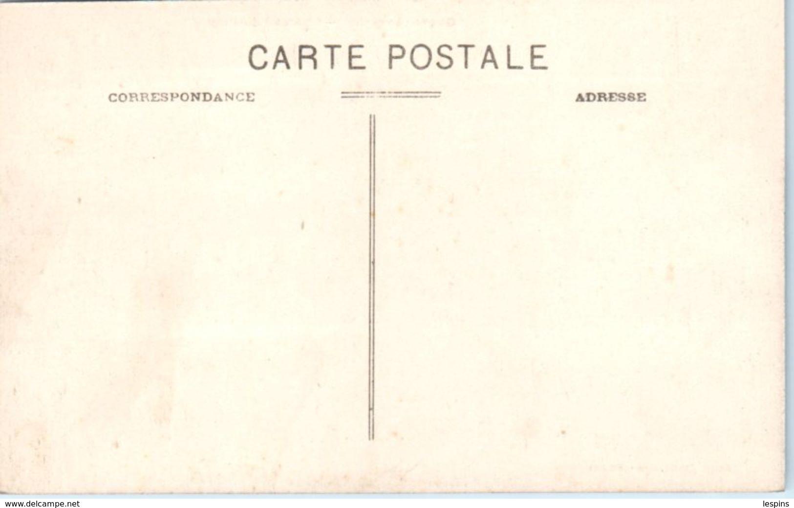 12 - GAGES --  Château D'Alboy - France